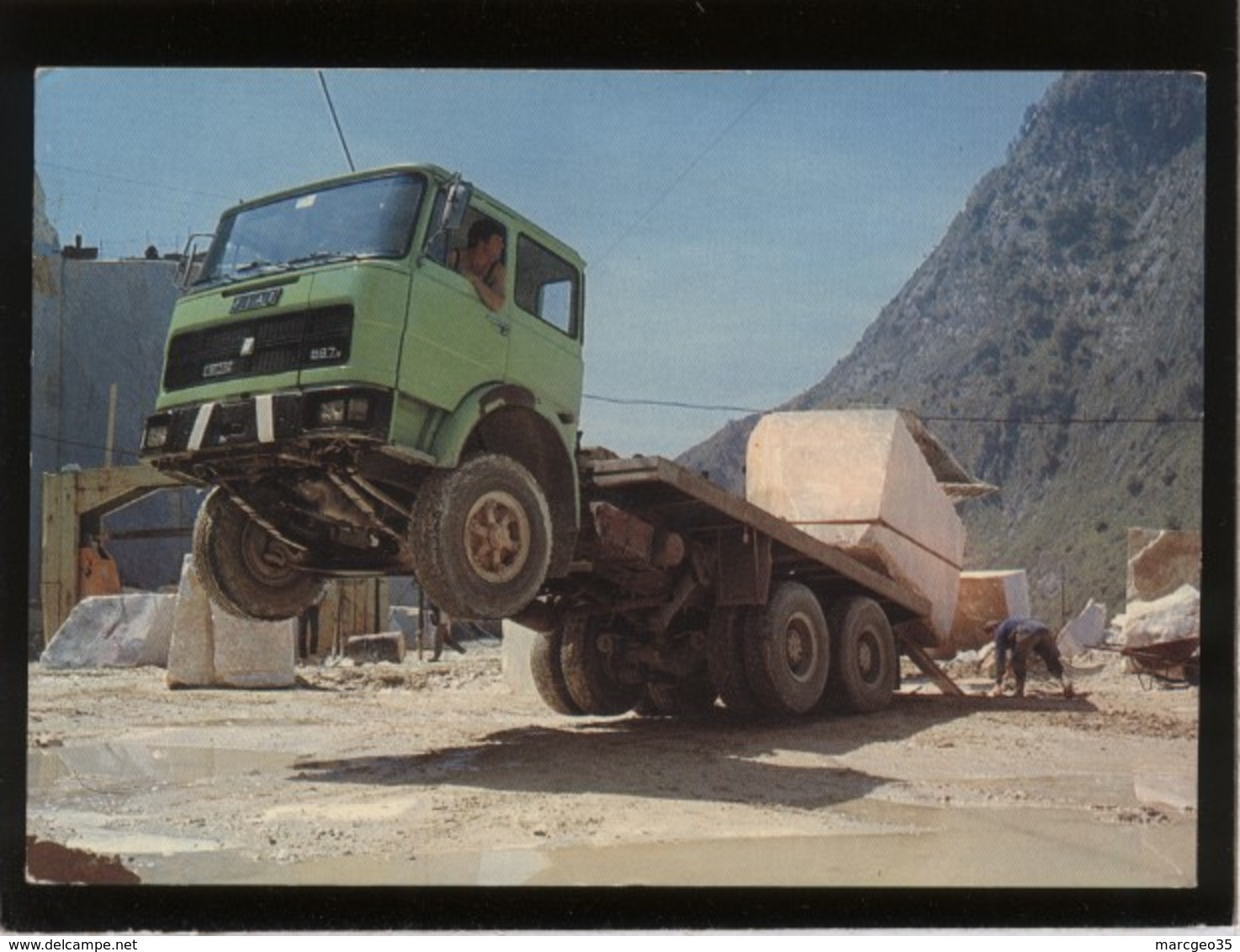 Carrara Cave Di Marmo Carrière De Marbre édiz. Rialto Camion Fiat Surprenant Chargement D'un Bloc De Pierre - Carrara