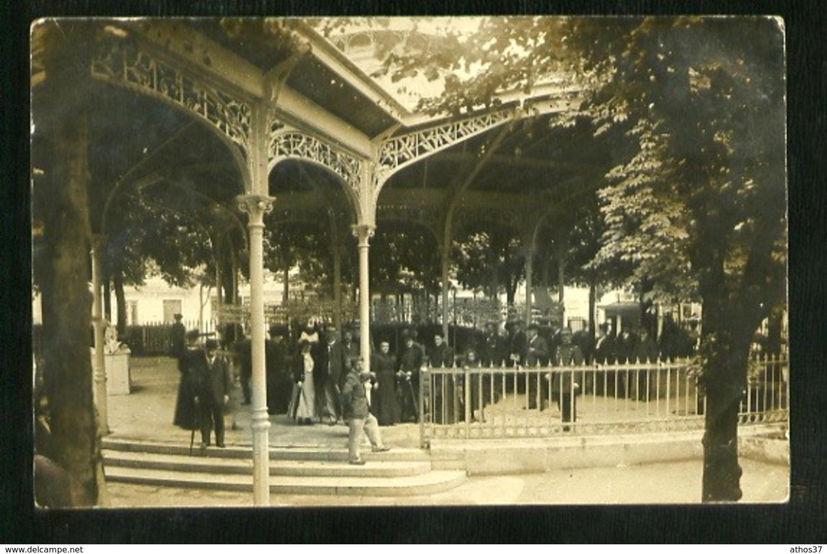 VICHY - Galeries Couvertes - Carte Photo De 1907 - Non Légendée - Beau Plan Animé - Vichy