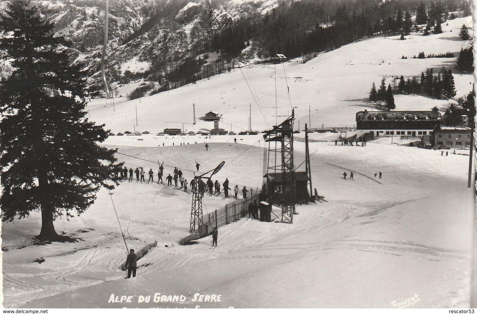 Rare Cpsm Alpe Du Grand Serre Le Remonte Pente De Lhotel Du Grand Serre - Frankreich