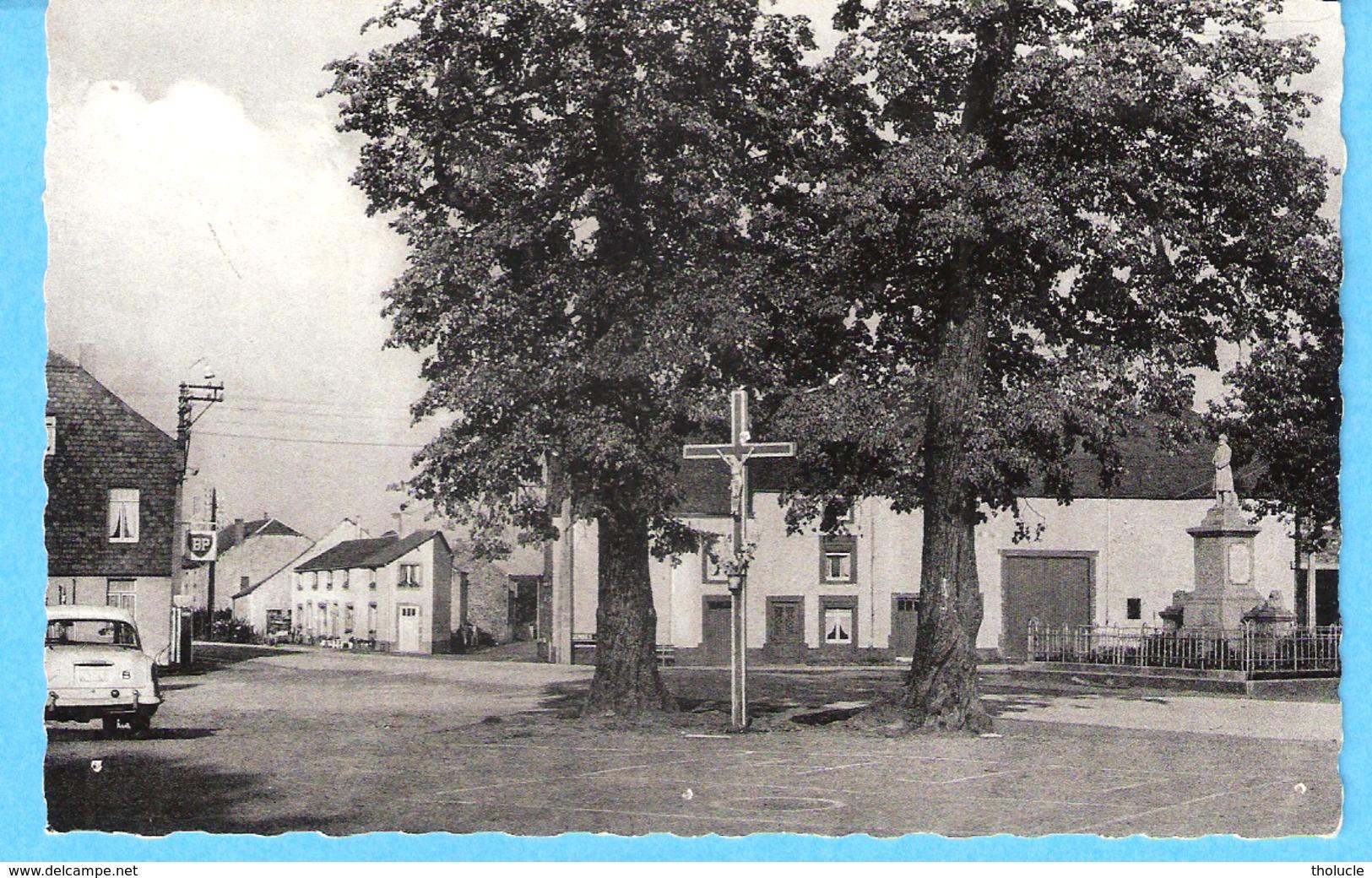 Haut-Fays-(Daverdisse)-Grand'Place-Route Wellin-Gedinne-Monument-Christ-Station Service BP-Edit.Hôtel Des Ardennes - Daverdisse