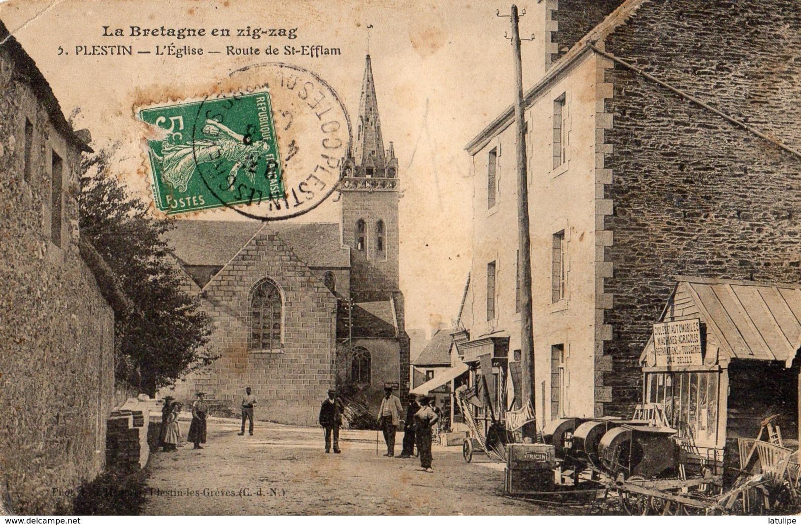 Plestin  22   L'Eglise Et La Route De Saint-Efflam  Bien Animée Et Atelier Cycles Et  Machines Agricole - Plestin-les-Greves