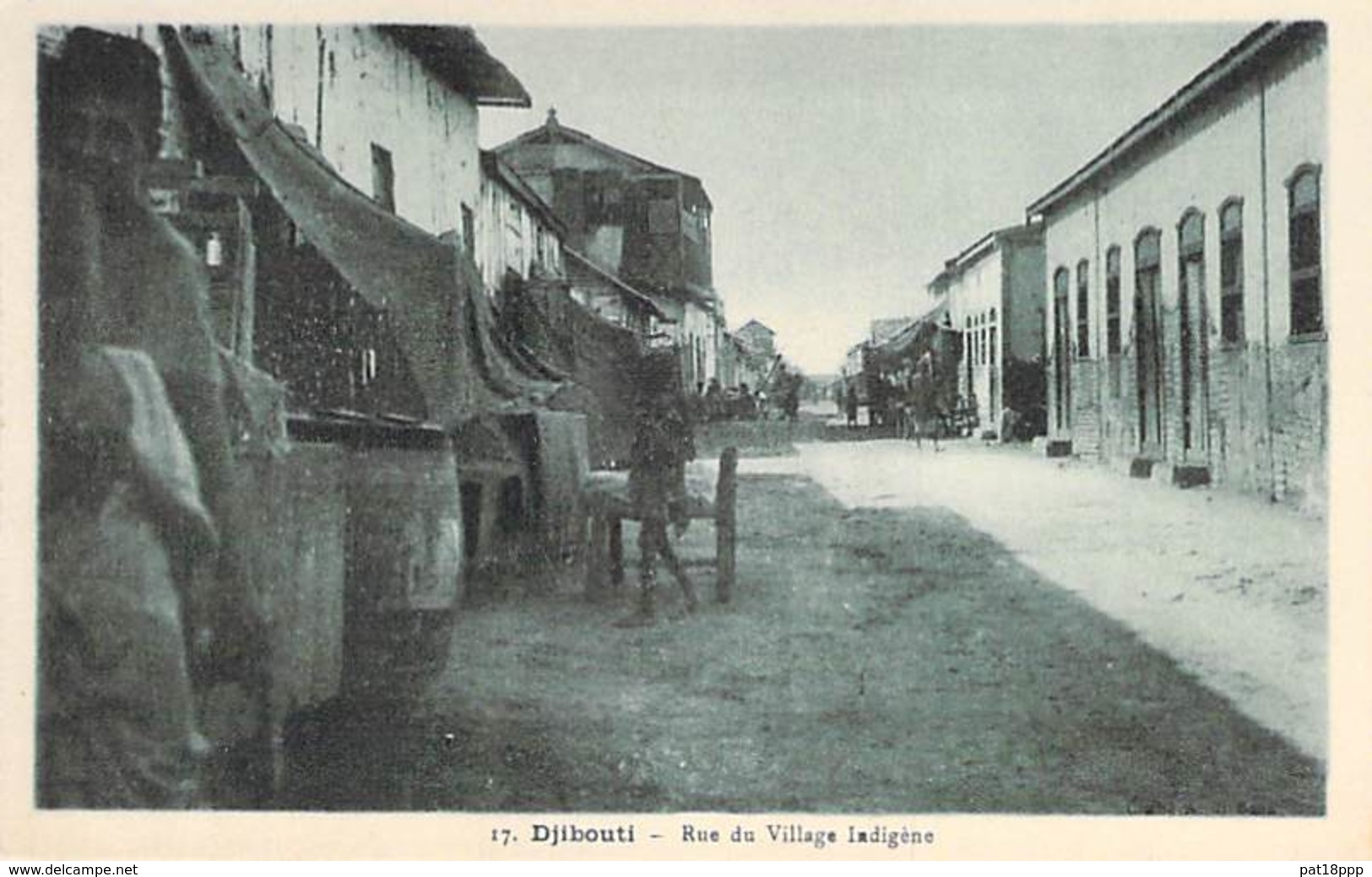 DJIBOUTI  - Rue Du Village Indigène - CPA - - Gibuti