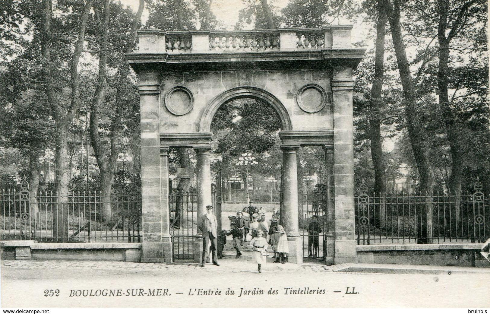 Cpa 62 Boulogne Sur Mer L'entrée Du Jardin Des Tintellieres Animée Dv Enfants - Boulogne Sur Mer