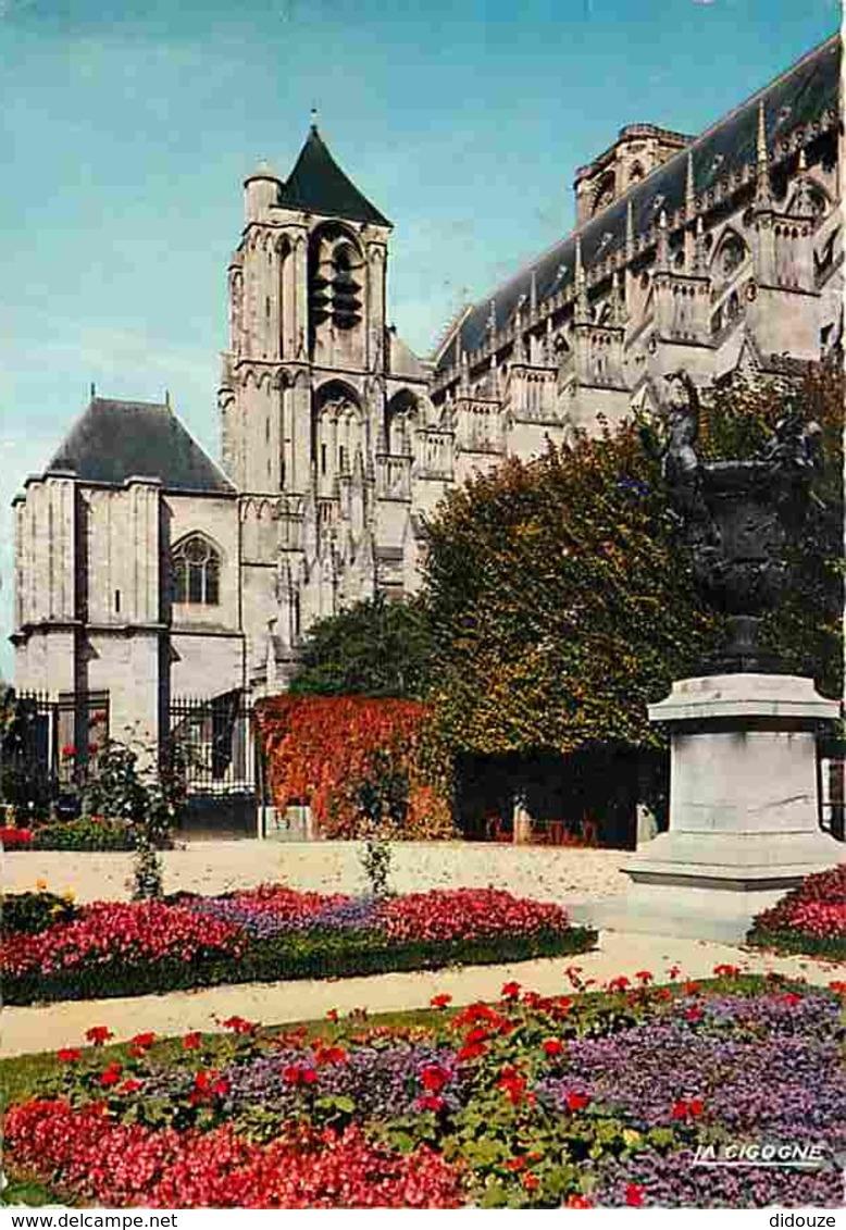 18 - Bourges - La Cathédrale Vue Du Jardin De L'Evéché - Voir Scans Recto-Verso - Bourges