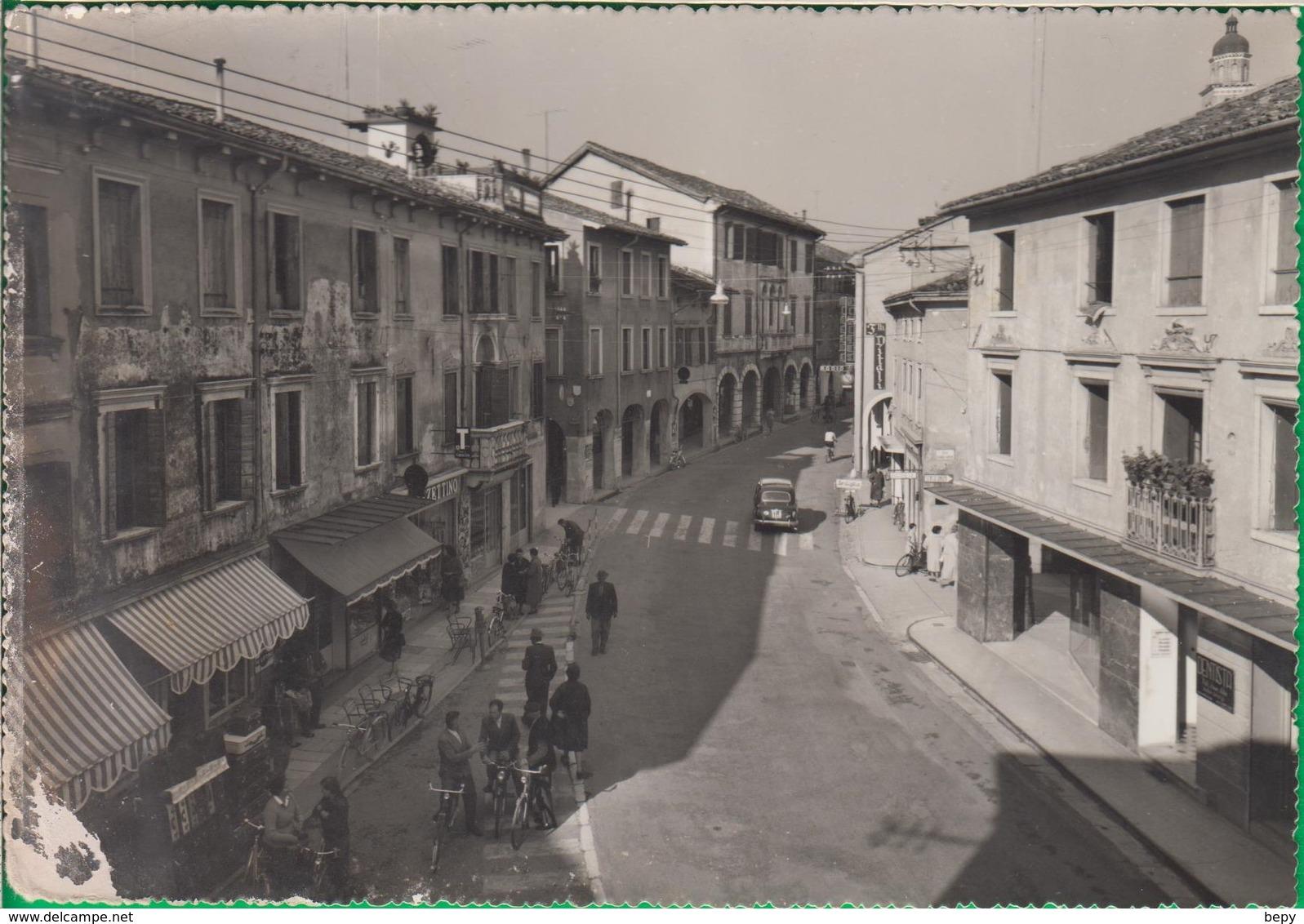 SACILE. Udine. Via Garibaldi. - Udine