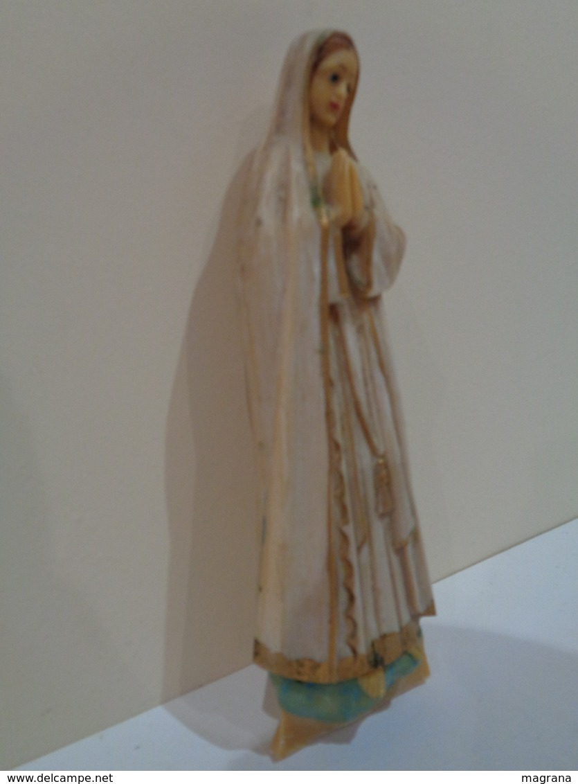 Figura De La Vírgen Maria Rezando. 18 Centímetros De Alto. - Religión & Esoterismo