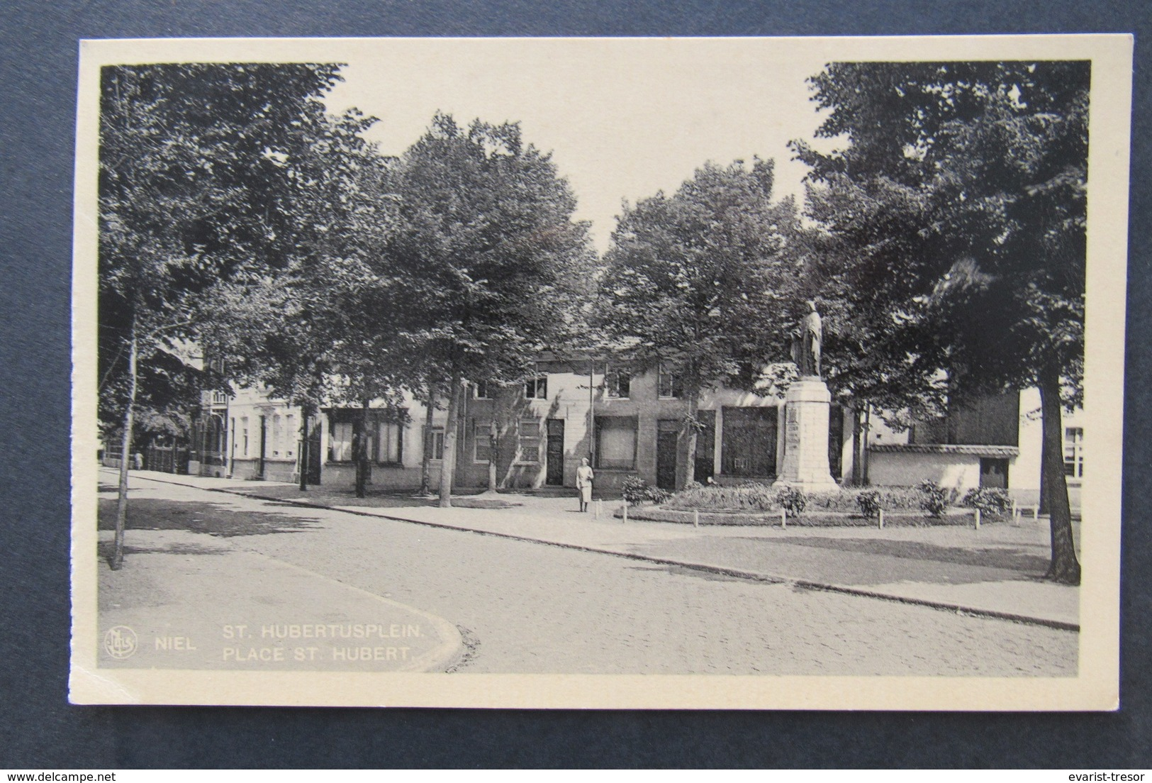 Cpa/pk Niel St Hubertusplein - Niel