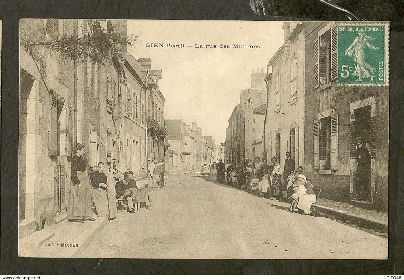 CP-LOIRET-GIEN - La Rue Des Minimes - Gien