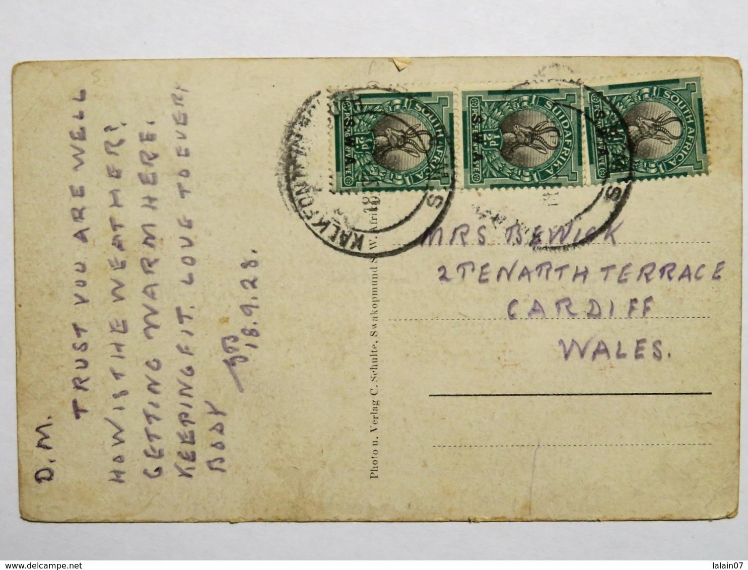 C.P.A. : NAMIBIA : SWAKOPMUND Bismarckstrasse, 3 Stamps In 1928 - Namibie