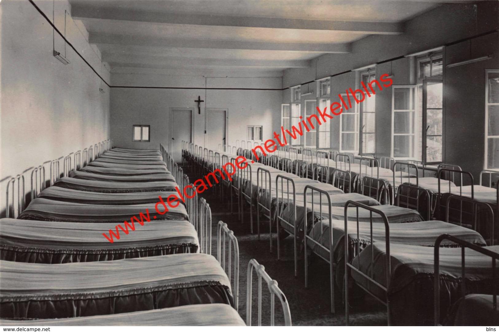 Schoolvilla Madonna - Grote Slaapzaal - Vlimmeren - Beerse