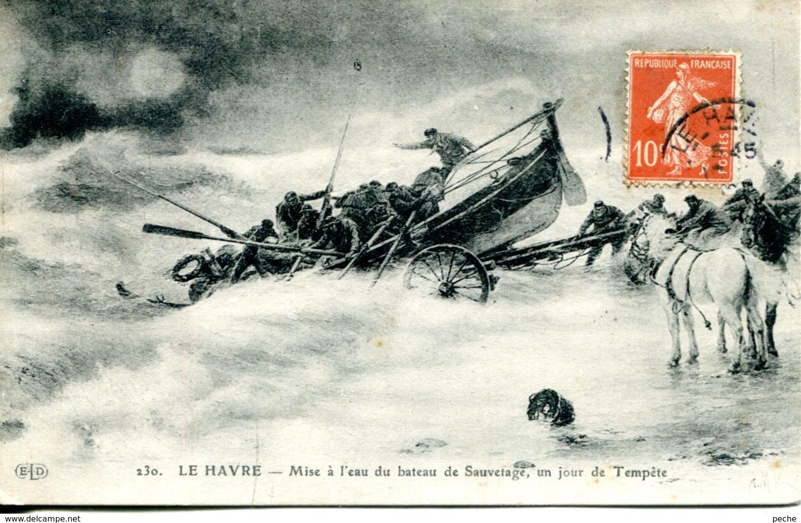 N°69061 -cpa Le Havre -mise à L'eau Du Bateau De Sauvetage Un Jour De Tempête- - Bateaux