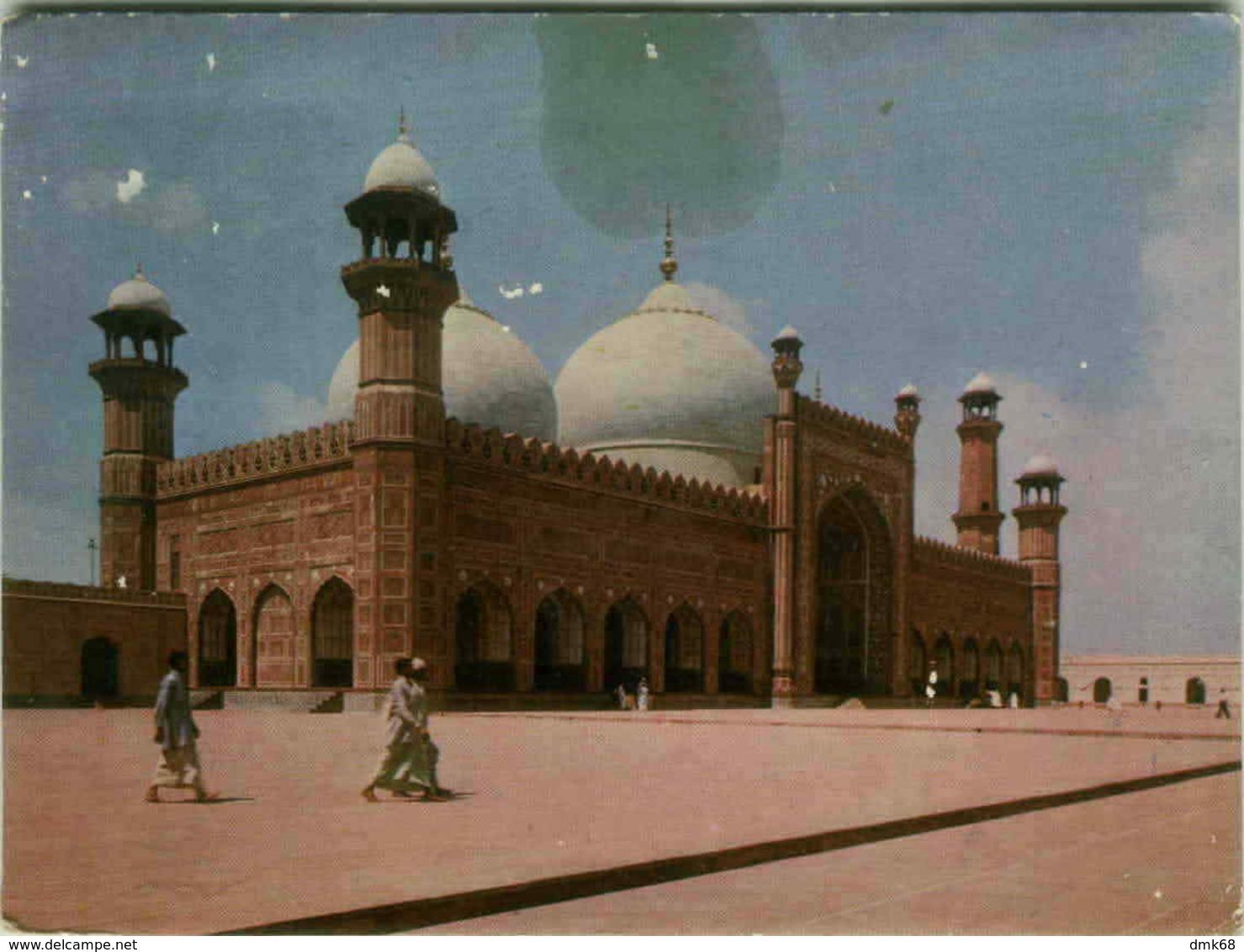PAKISTAN - BADSHAI MOSQUE IN LAHORE - JAPAN AIR LINES - 1960s/70s (BG1976) - Pakistan