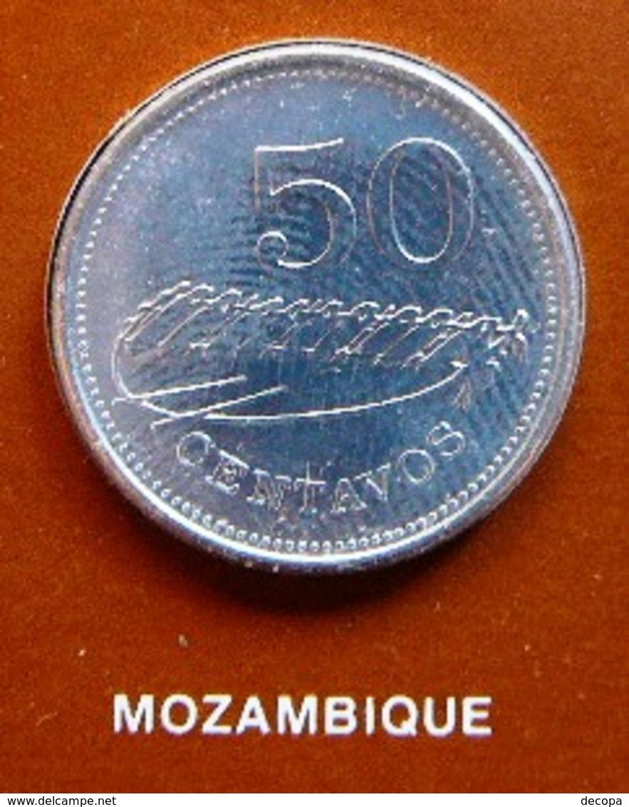 Numisletter Mozambique Coin UNC 50 Centavos 1980 + Stamp 1975 - Mozambique