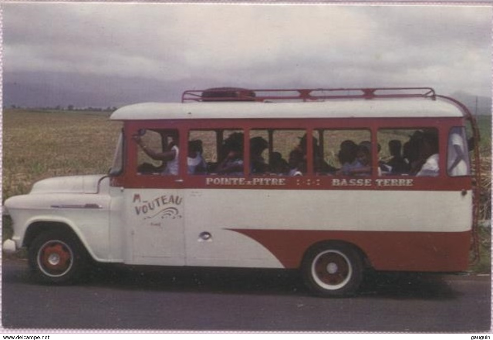 CPM - GUADELOUPE - TRANSPORT PUBLIC (bus B.Plan) - Photo Moser - Edition Delroisse - Guadeloupe