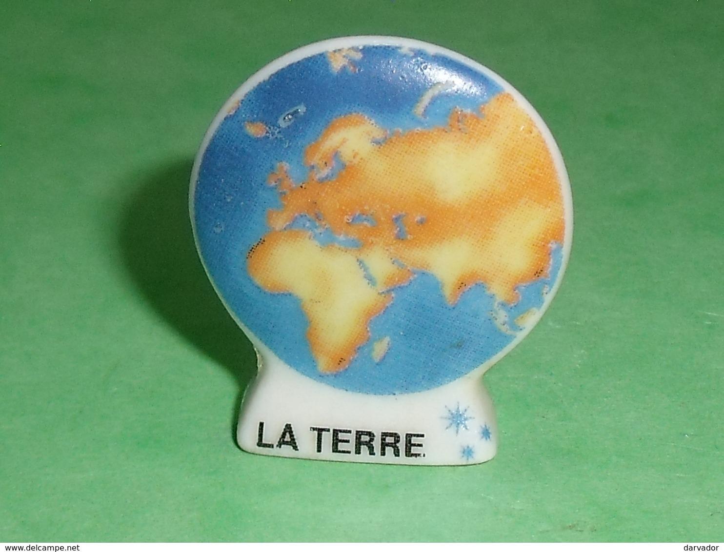 Fèves / Pays / Régions / Planètes : La Terre  ( Avec 3 étoiles Bleu )    T8 - Pays