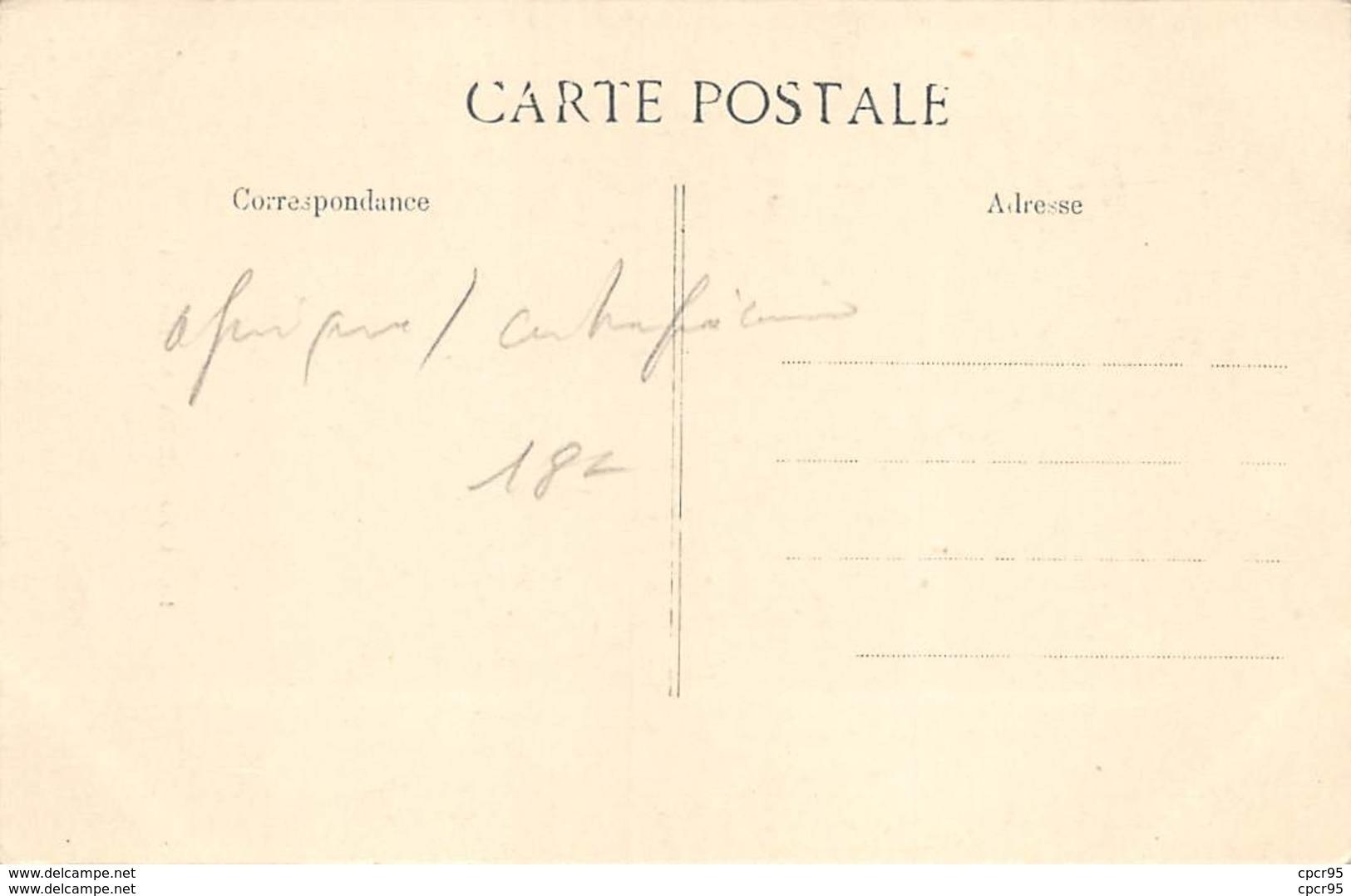 Centrafricaine . N° 51174 . Couple Saras-kabas . Scarifications . Seins Nus - Centrafricaine (République)