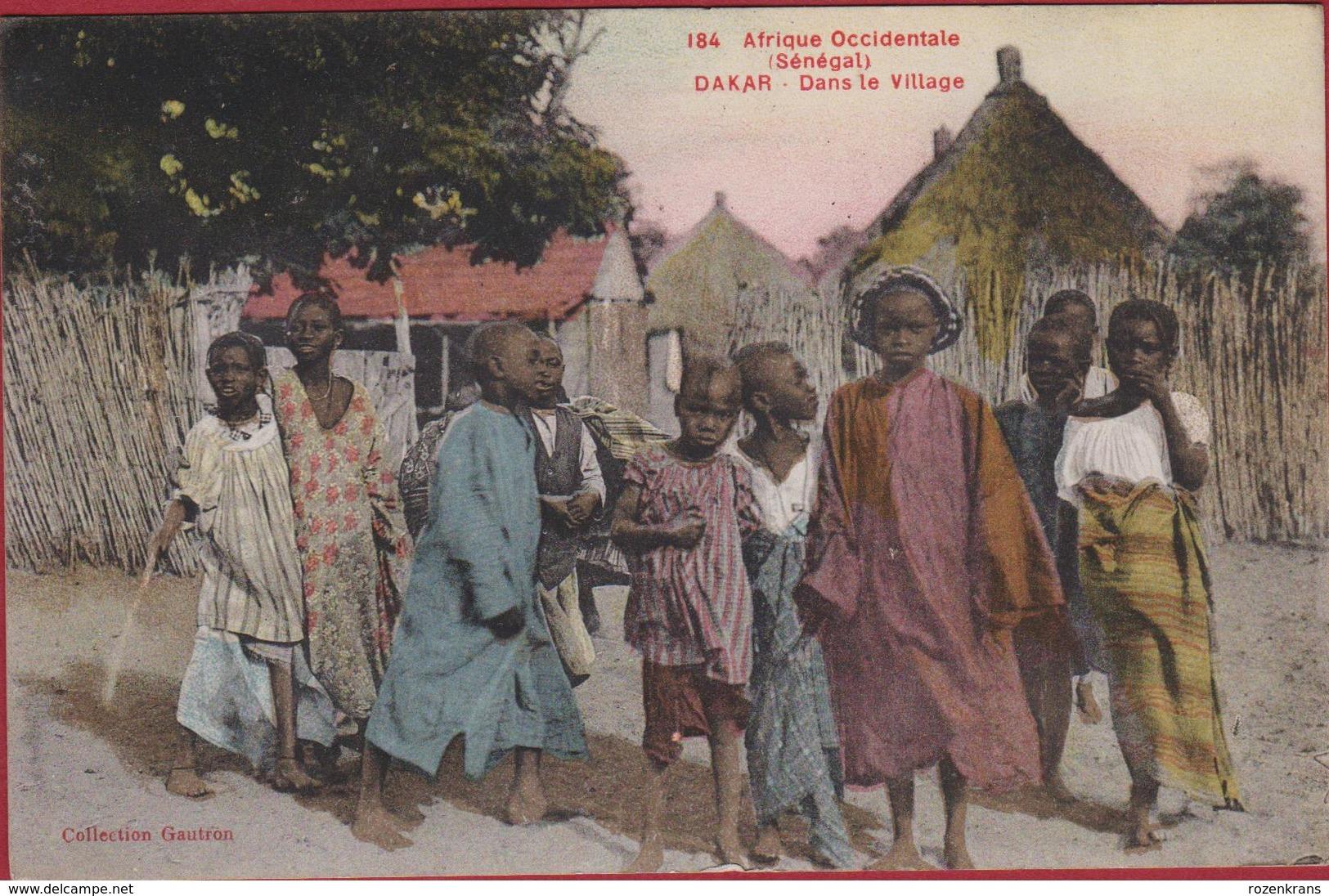 SENEGAL Afrique Occidentale Dakar Indigenes Africa Afrika Natives Ethnique Ethnic Animee Dans Le Village (très Bon Etat) - Sénégal