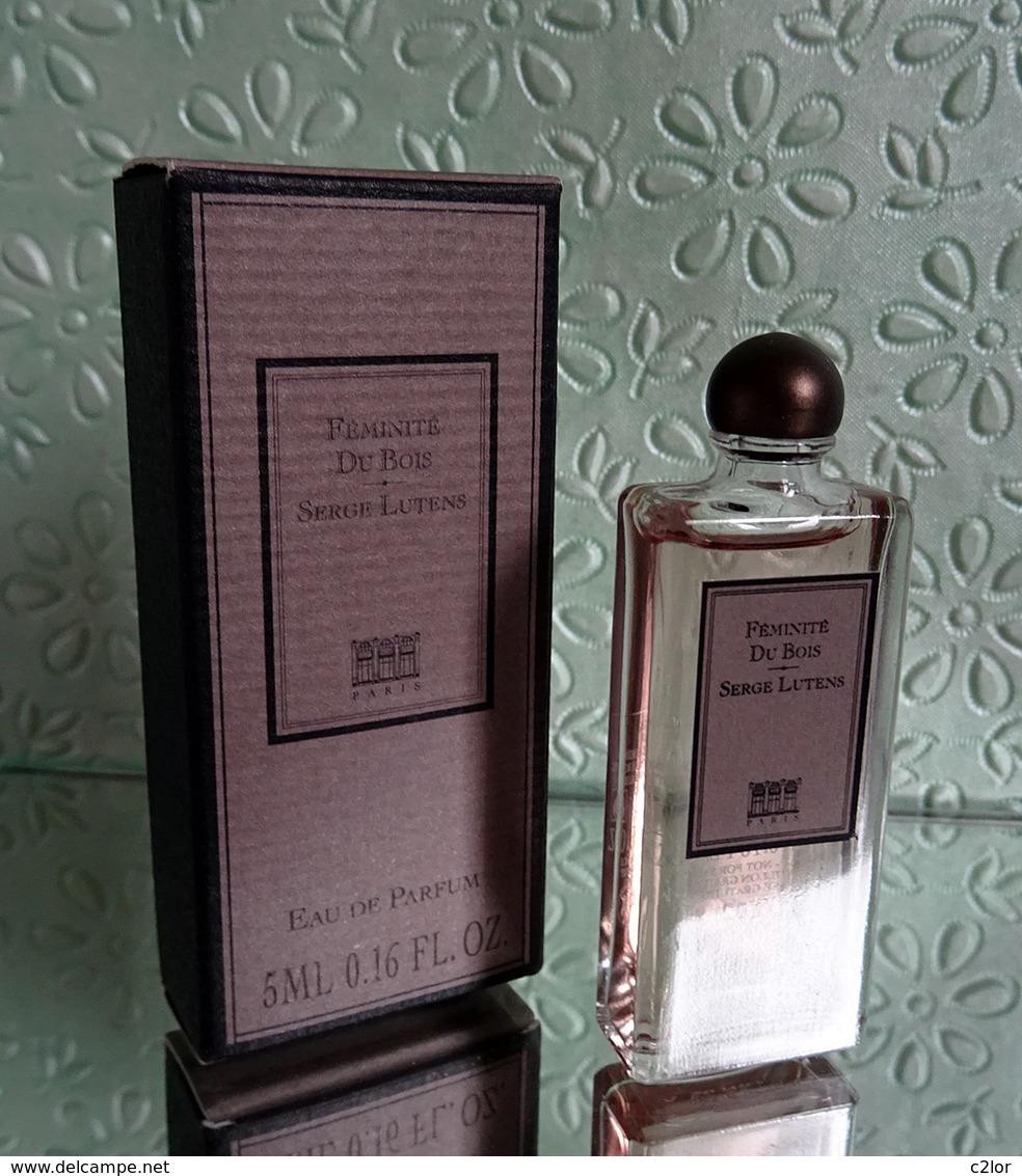 """Miniature De Parfum """"FÉMINITÉ DU BOIS """" De SERGE LUTENS  Eau De Parfum 5 Ml Avec Sa Boîte - Miniatures Modernes (à Partir De 1961)"""