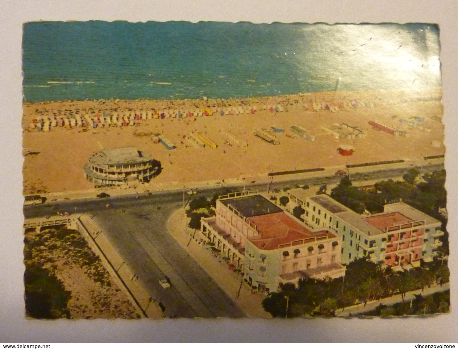 """Cartolina Viaggiata """"Rimini Vista Dalla Spiaggia"""" 1961 - Rimini"""