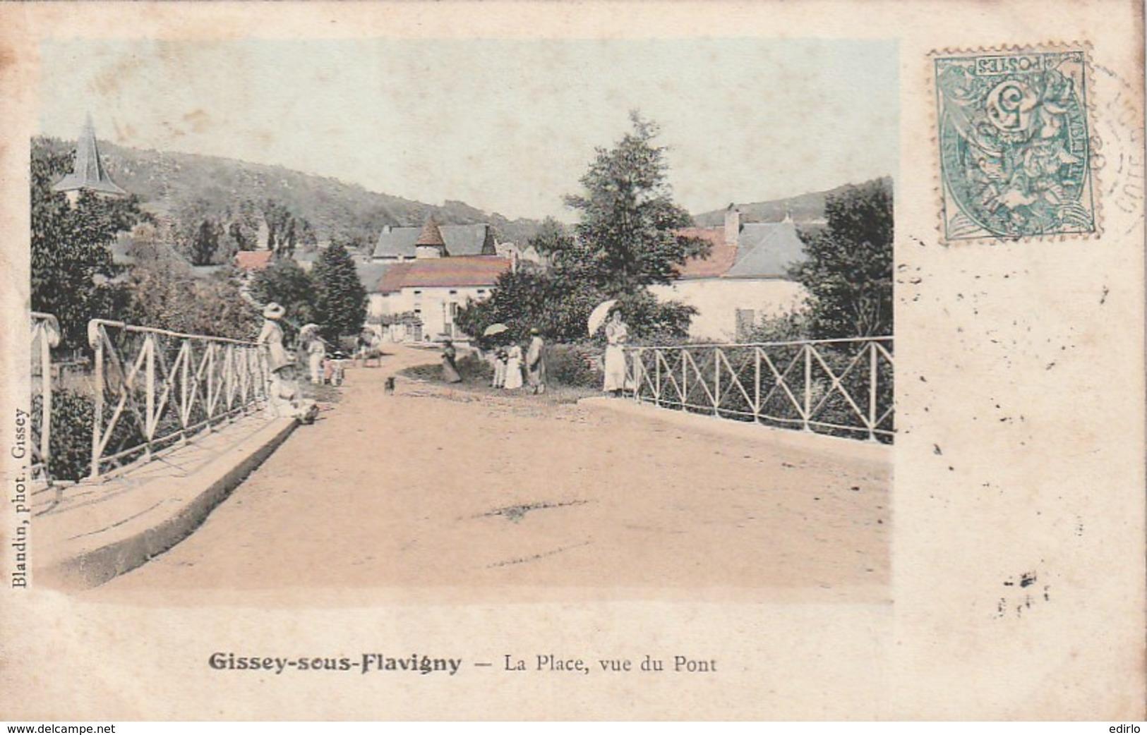 ***  21  ***  GISSEY SOUS FLAVIGNY  La Place Vue Du Pont TB - France