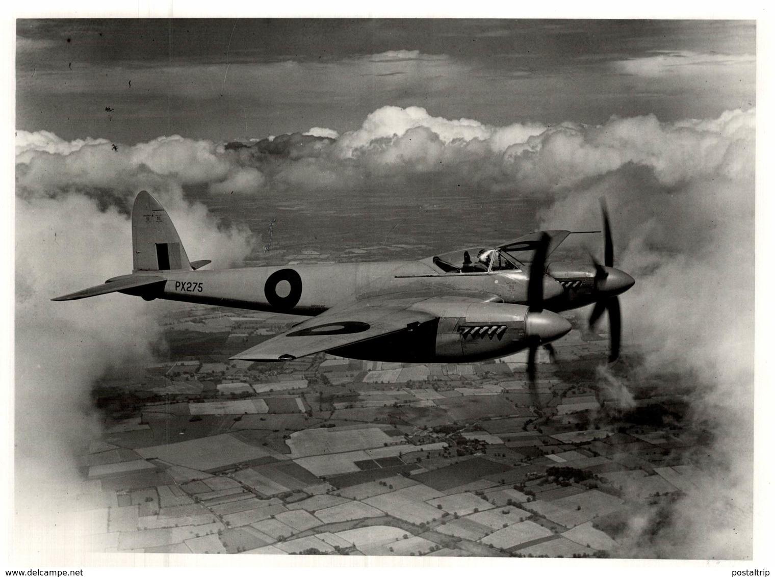 De Havilland DH  HORNET    1946   21 * 17  Cm - Aviación