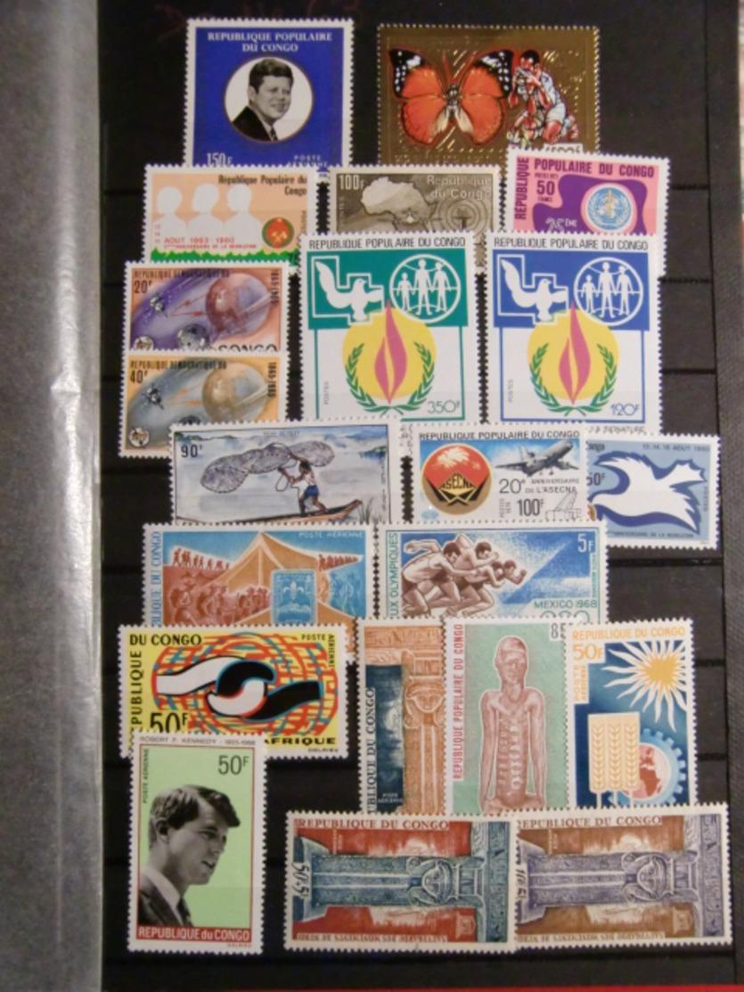 AFRIQUE MODERNES TIMBRES NEUFS DONT NON DENTELES BLOCS CARNETS TIMBRES OR EPREUVES DE LUXE... - Stamps