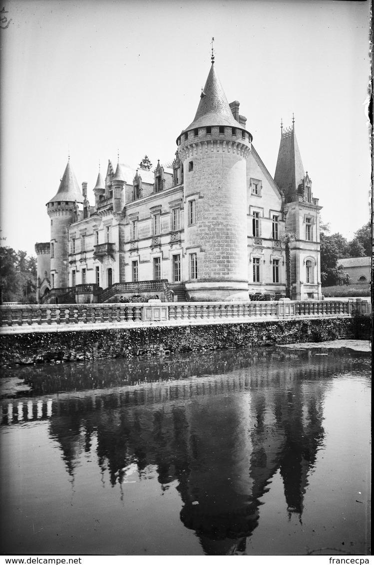 PN - 173 - CHARENTE - 16 - ROUMAZIERES - Chateau De Nieul - Plaques De Verre