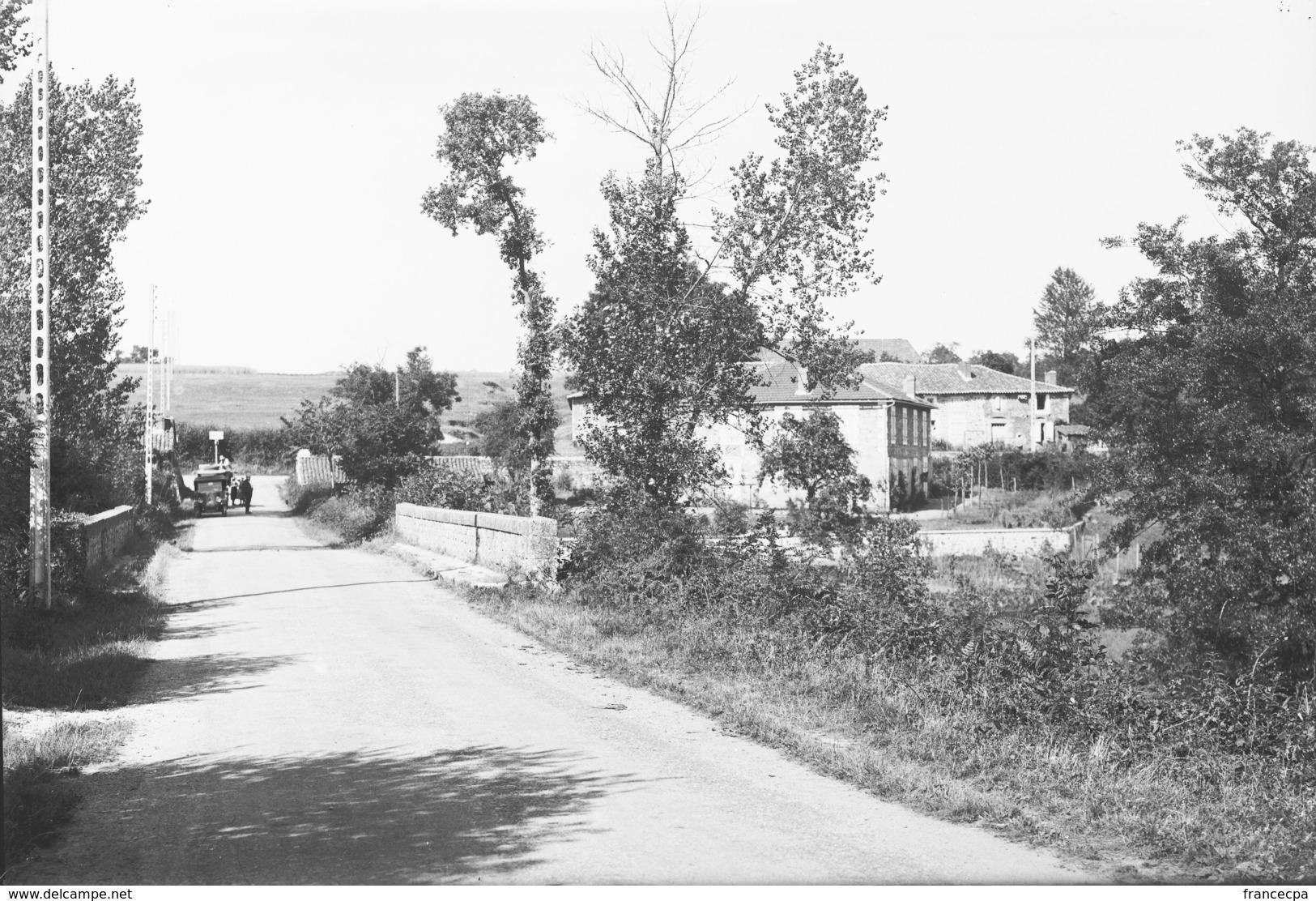 PN - 175 - CHARENTE - 16 - ROUMAZIERES - Plaques De Verre