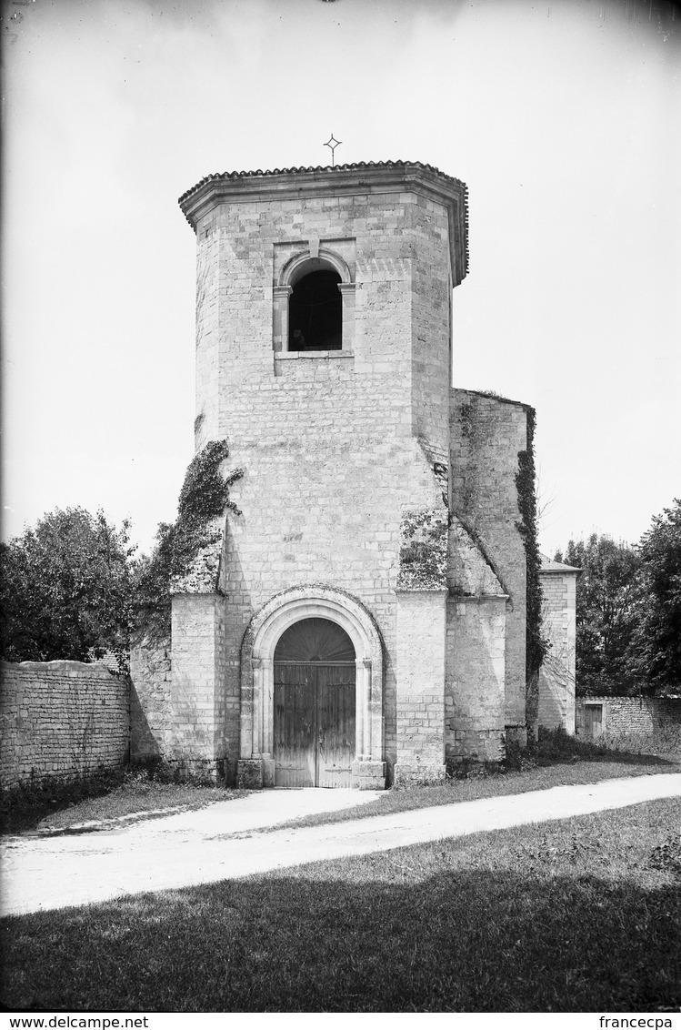 PN - 184 - CHARENTE - 16  SAINT FRAIGNE - L' Eglise - - Plaques De Verre