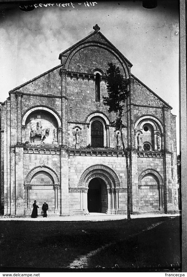 PN - 058 - CHARENTE - CHATEAUNEUF SUR CHARENTE - Façade De L' Eglise 1912 - Plaques De Verre