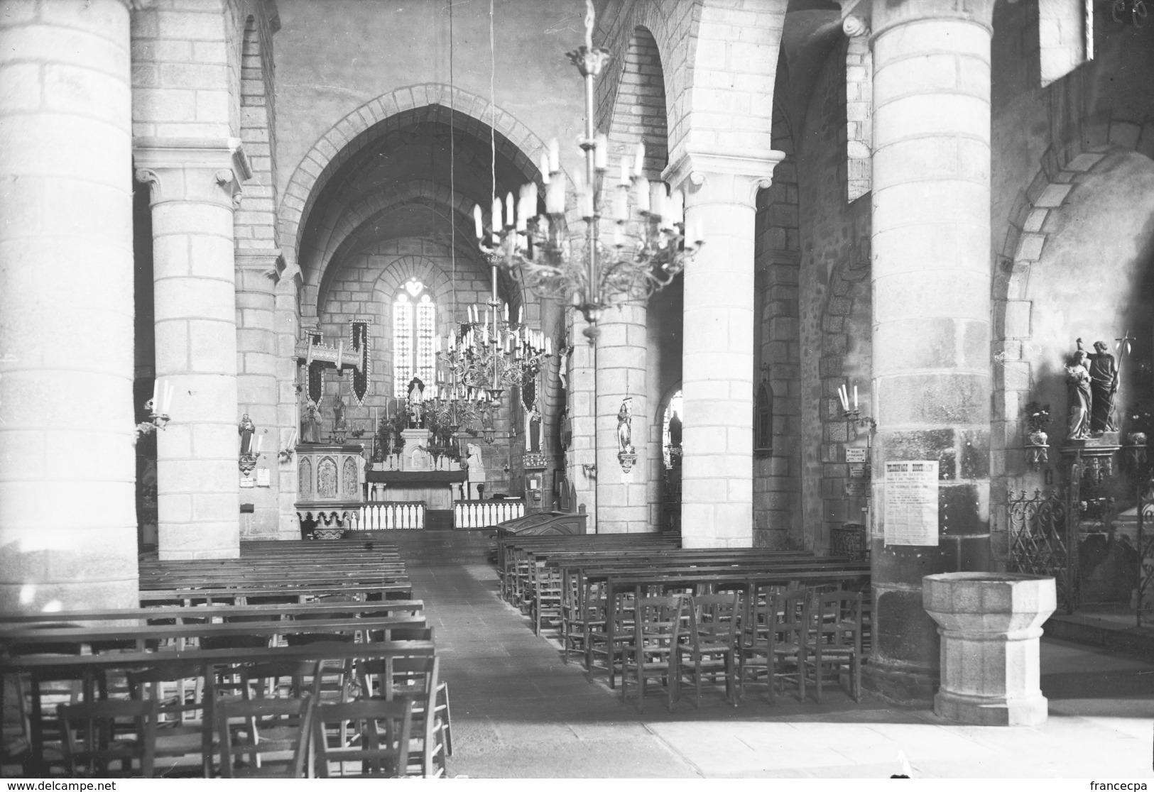 PN - 139 - CHARENTE - 16 - BRIGUEIL - L' Eglise - Intérieur - Plaques De Verre