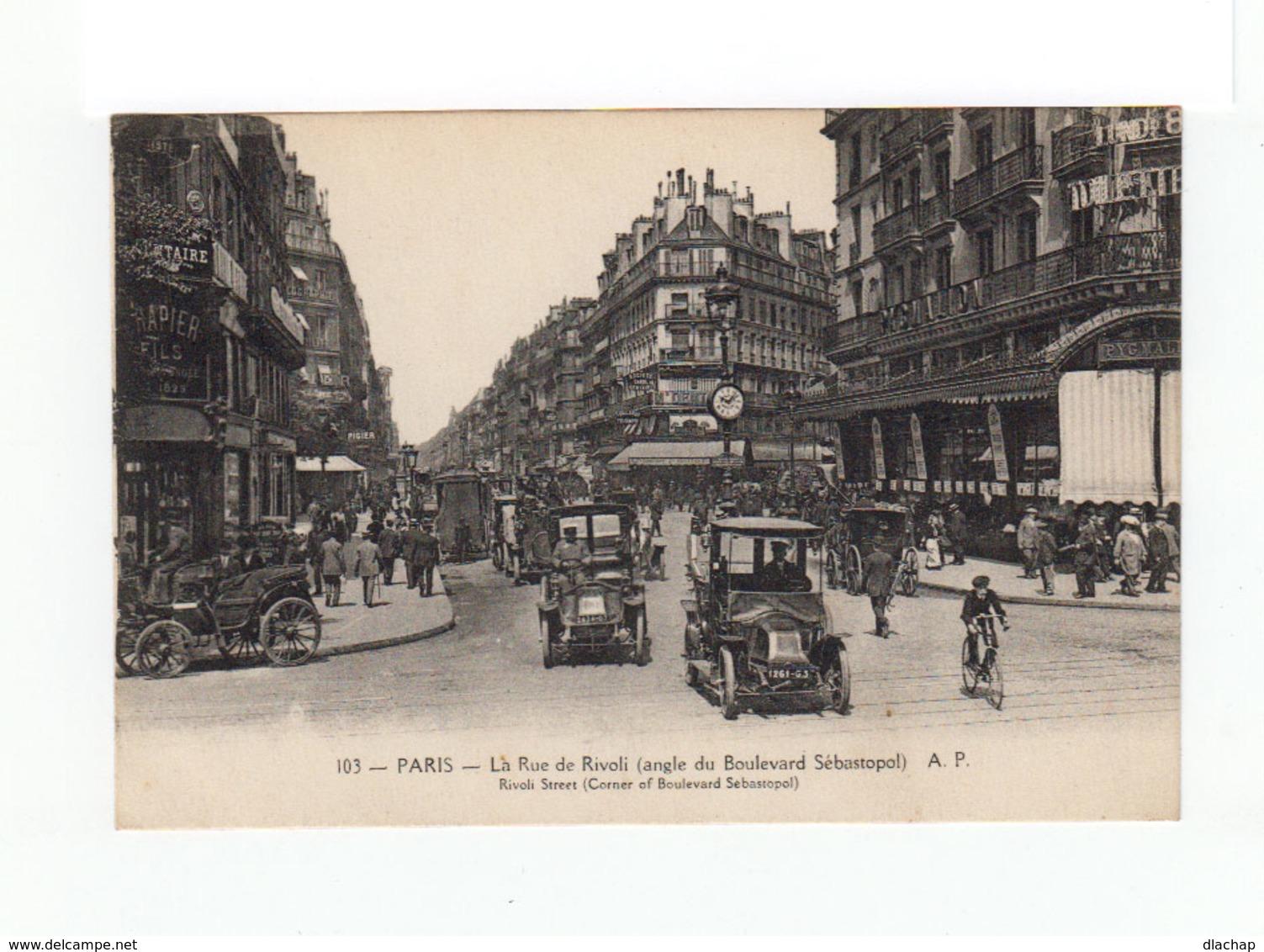 Paris. La Rue De Rivoli. Angle Boulevard Sébastopol. Foule, Nombreux Tacots. (3216) - Arrondissement: 01