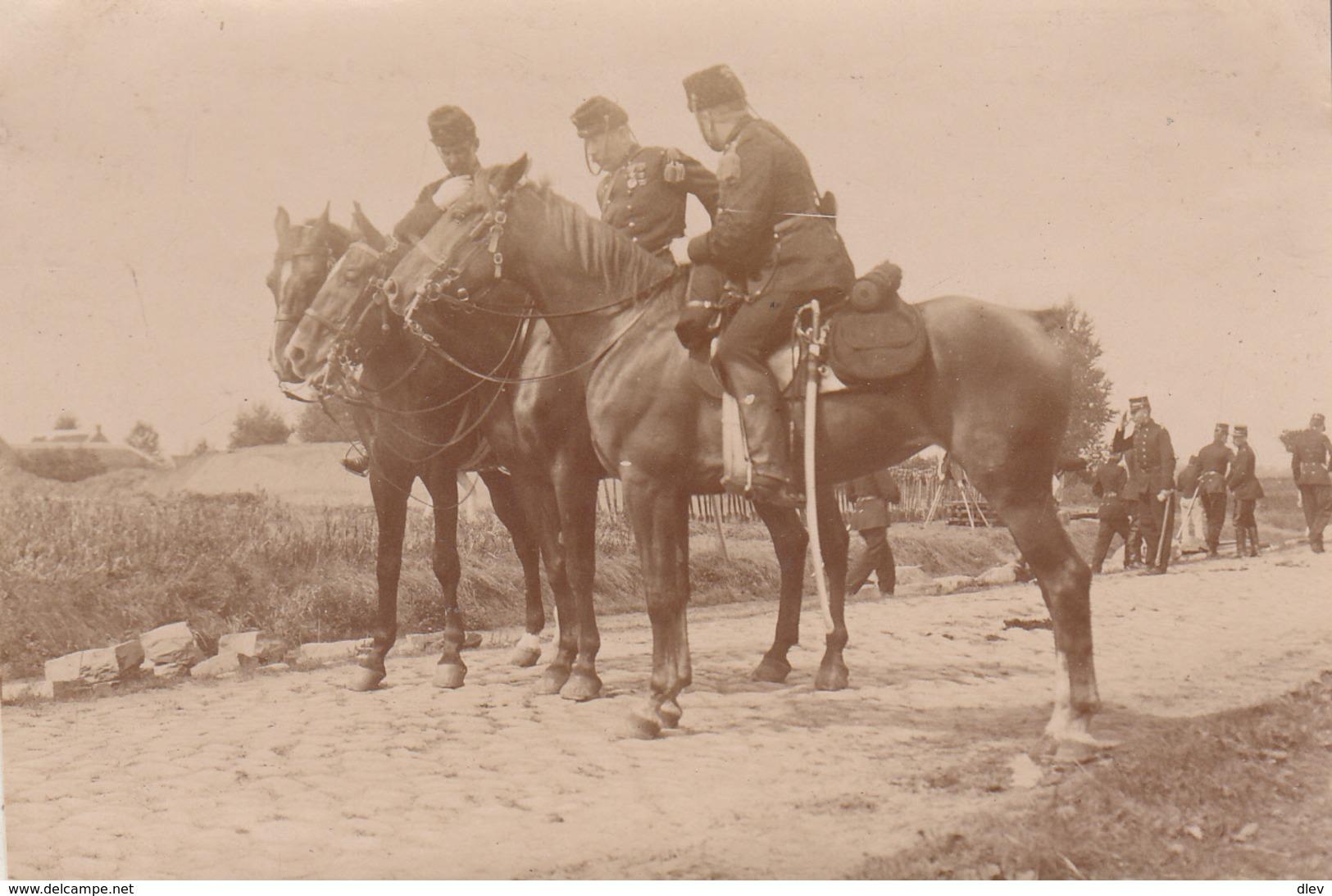 Maneuvers In Dendermonde - Foto Formaat 6.5 X 10 Cm - Guerre, Militaire