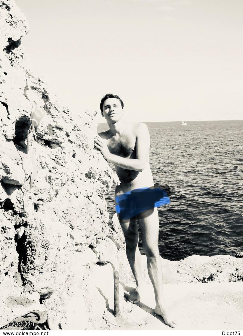 Homme Nu Plage Man Nude Gay Interest - Ethnics
