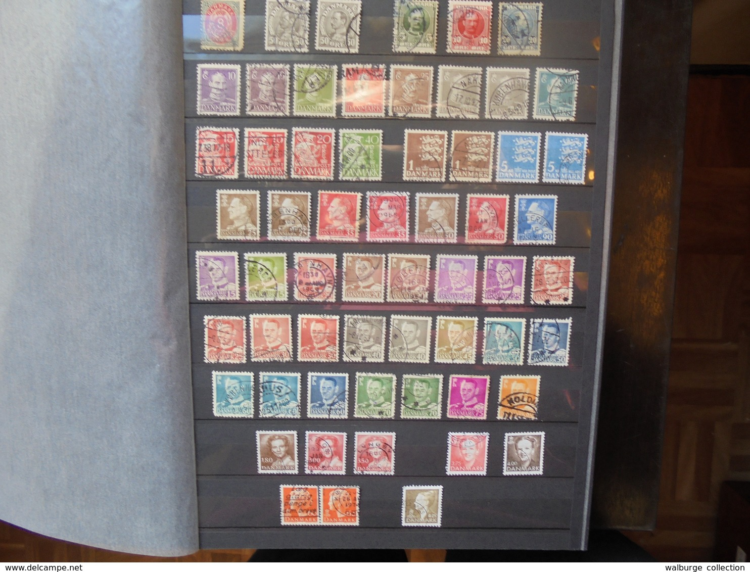 EUROPE/MONDE BELLE COLLECTION CLASSEE ET VARIEE (2377) 1 KILO 900 - Timbres