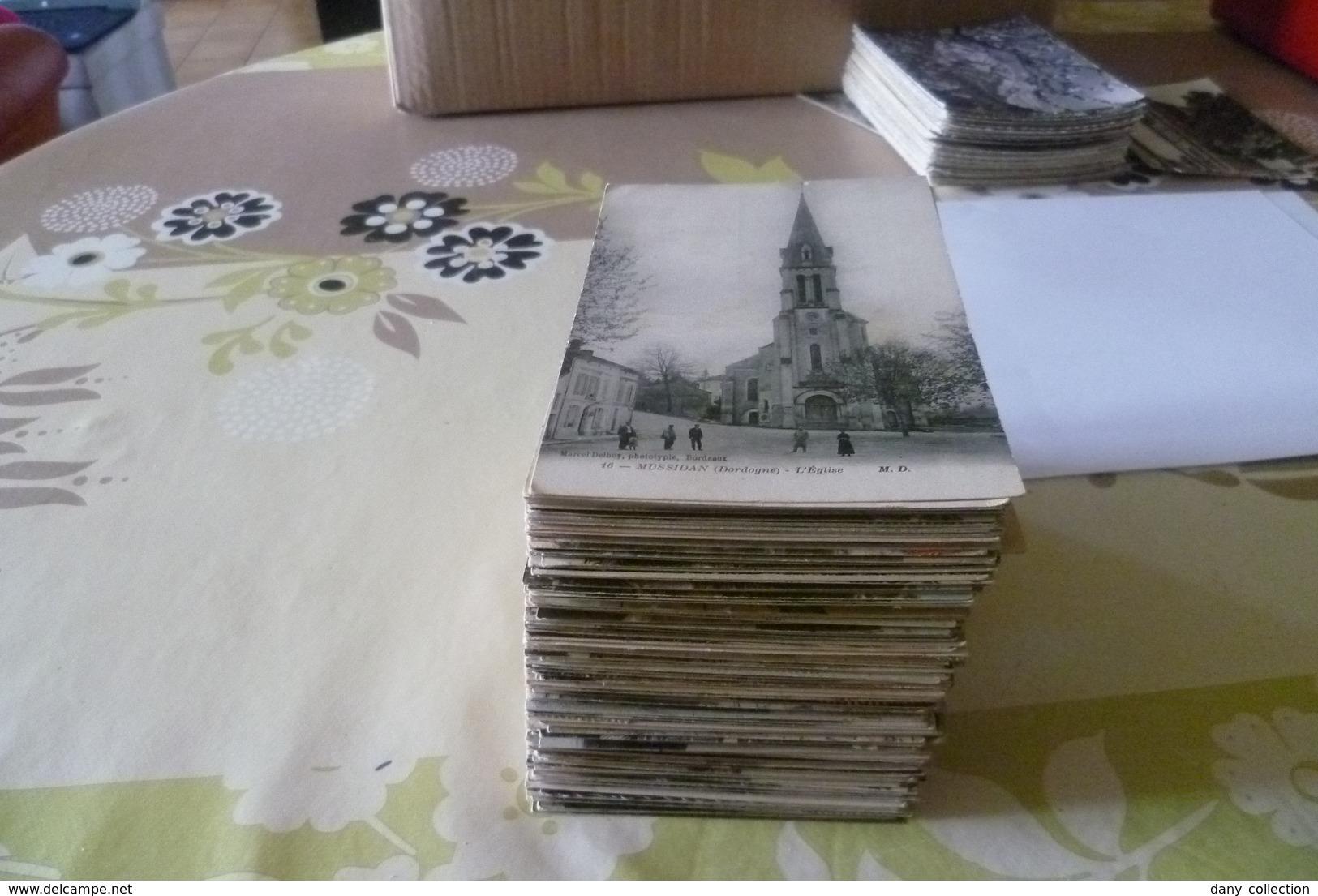 --LOT D'ENVIRON 300 CARTES POSTALES ( DESTOKAGE)  Petites Cartes Pour Débutants Ou Revendeurs . - Cartes Postales