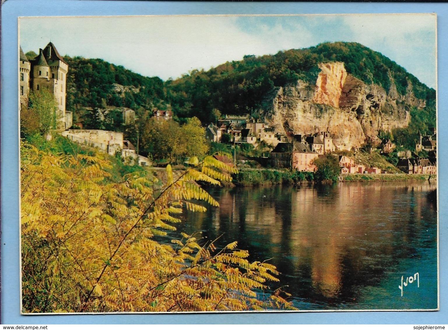 La Roque-Gageac Laroque-Gageac (24) Le Château De La Malartrie Au Fond Le Village Au Bord De La Dordogne 2 Scans - France