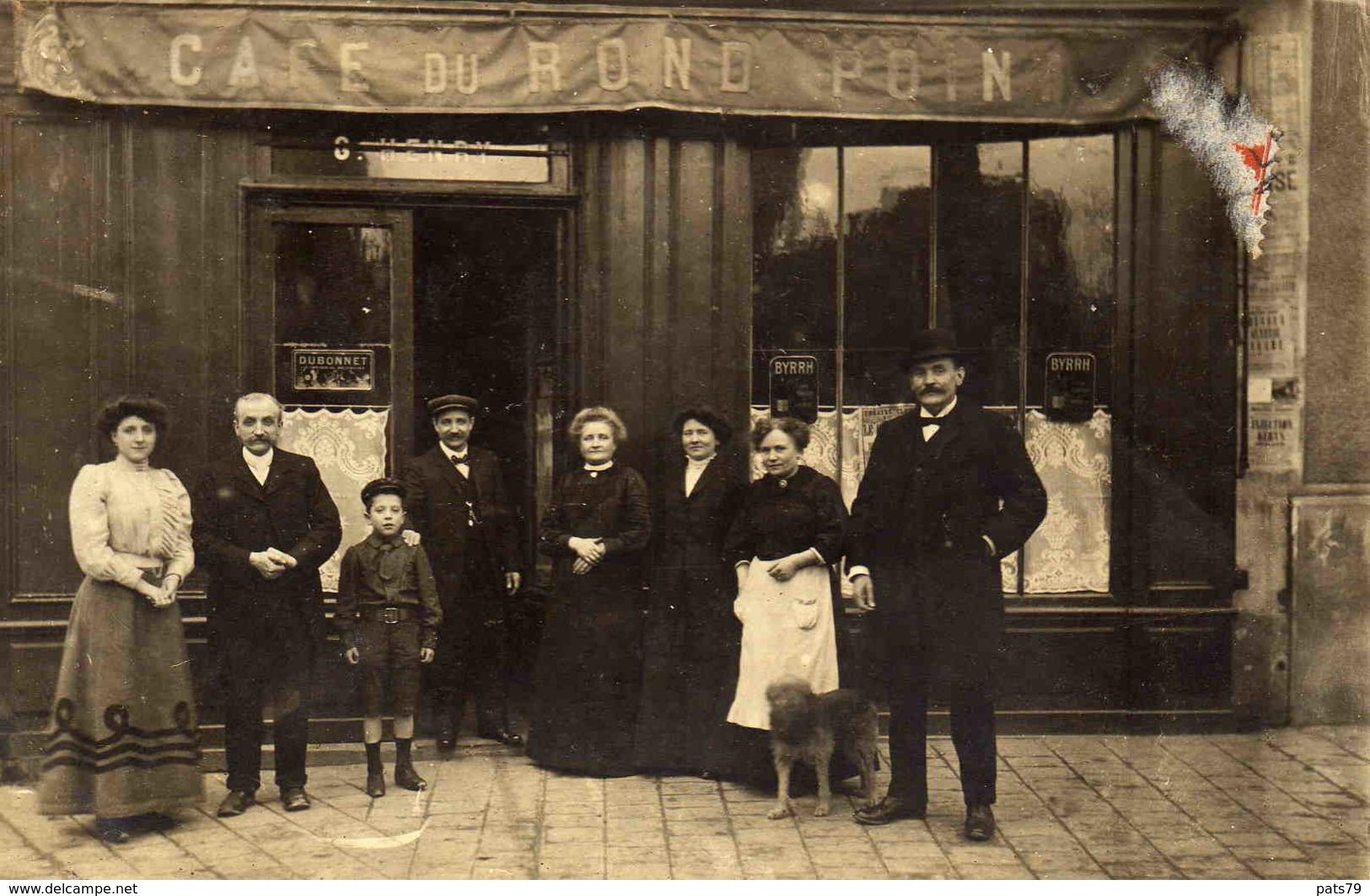 CARTE PHOTO - Café Du Rond Point  - (probablement  ST-MAUR) - Saint Maur Des Fosses