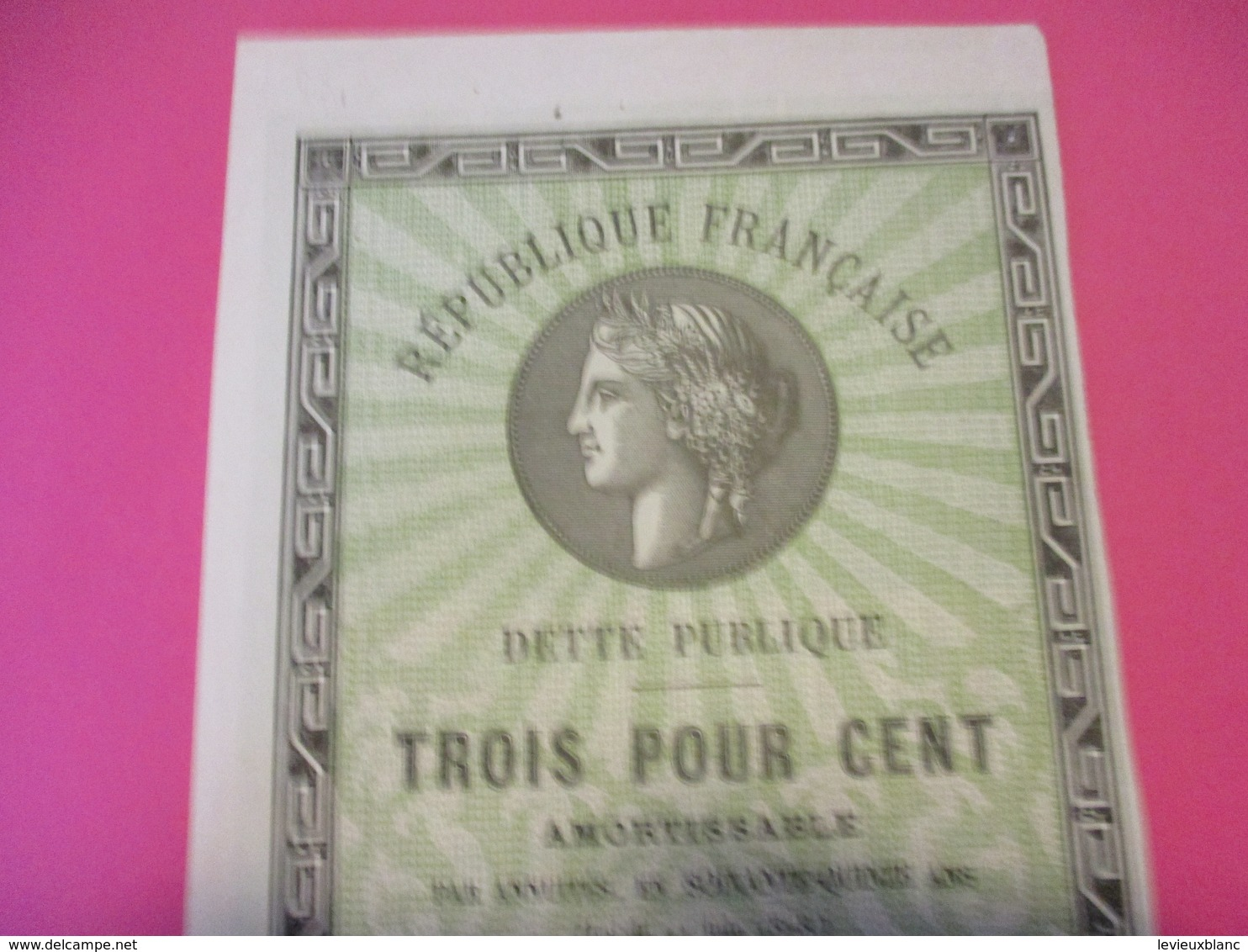 République Française/Dette Publique/3 %  Amortissable 15 Francs/ 1941     ACT198 - Banque & Assurance