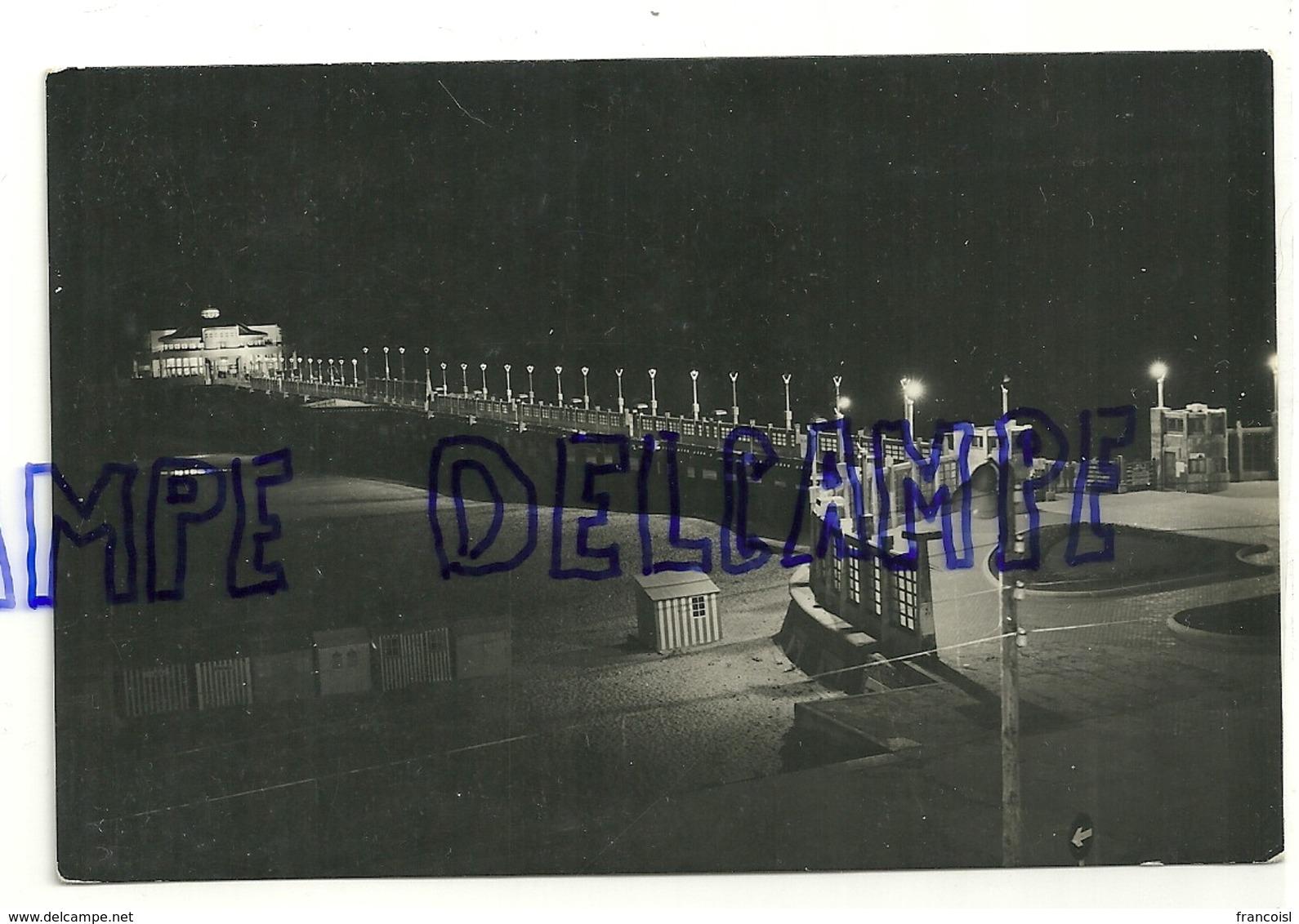 Côte Belge. Blankenberge. De Pier à La Tombée De La Nuit. True Photo - Blankenberge