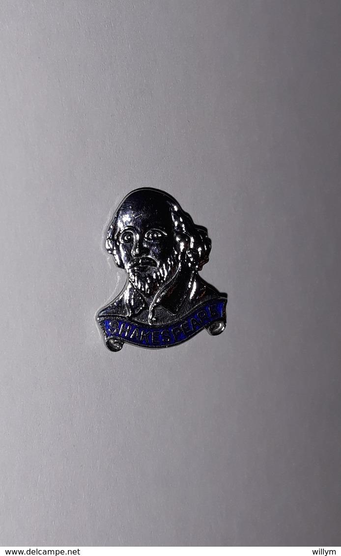 Badge Broche Shakespeare (argenté) Hauteur: 2,3 Cm - Autres