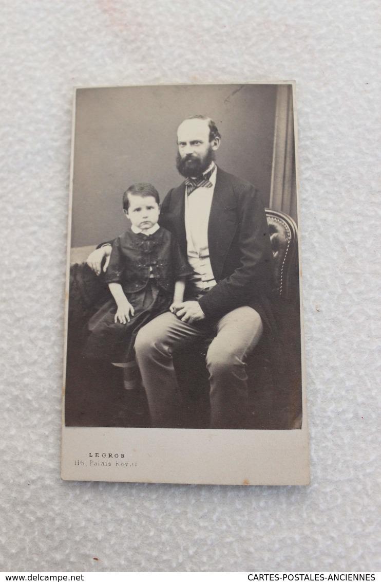 Photographie CDV - Jean AMELOT Et Son Fils [circa 1880] - Photographs