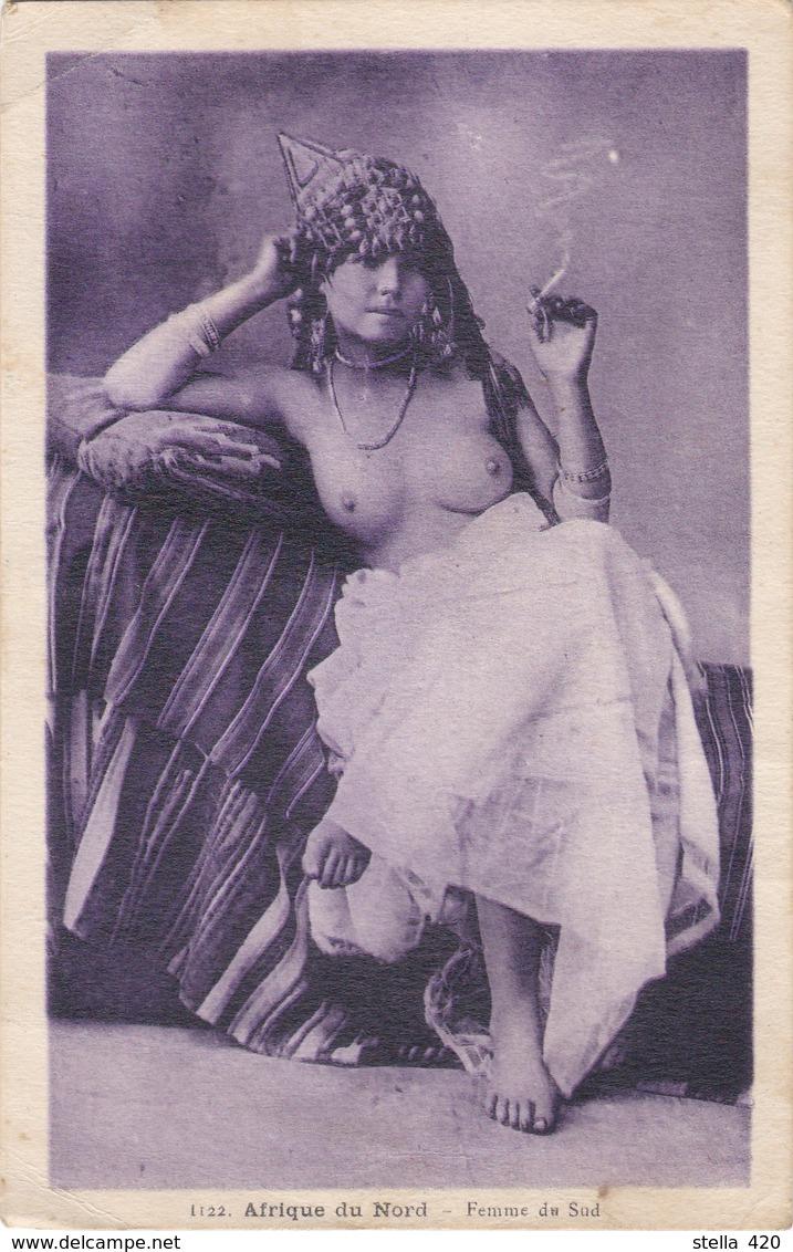 Jeune Fille  Seins Nue - Afrique Du Nord (Maghreb)