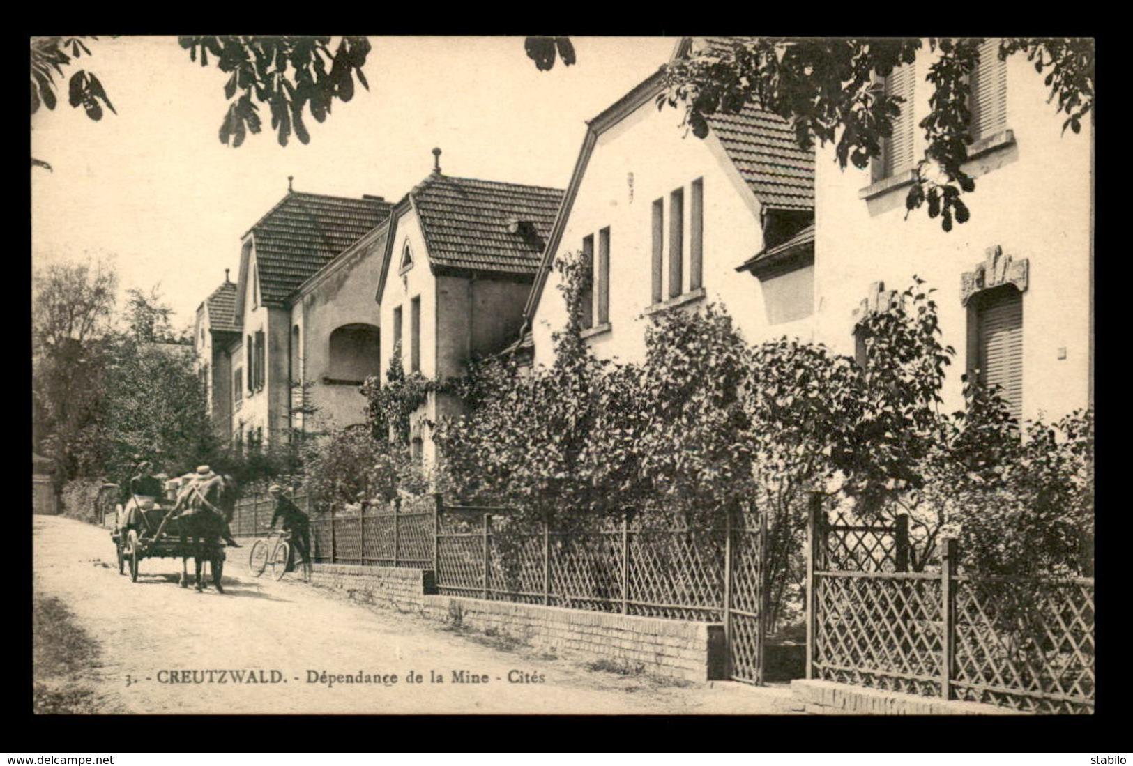 57 - CREUTZWALD - DEPENDANCE DE LA MINE - LES CITES - Creutzwald