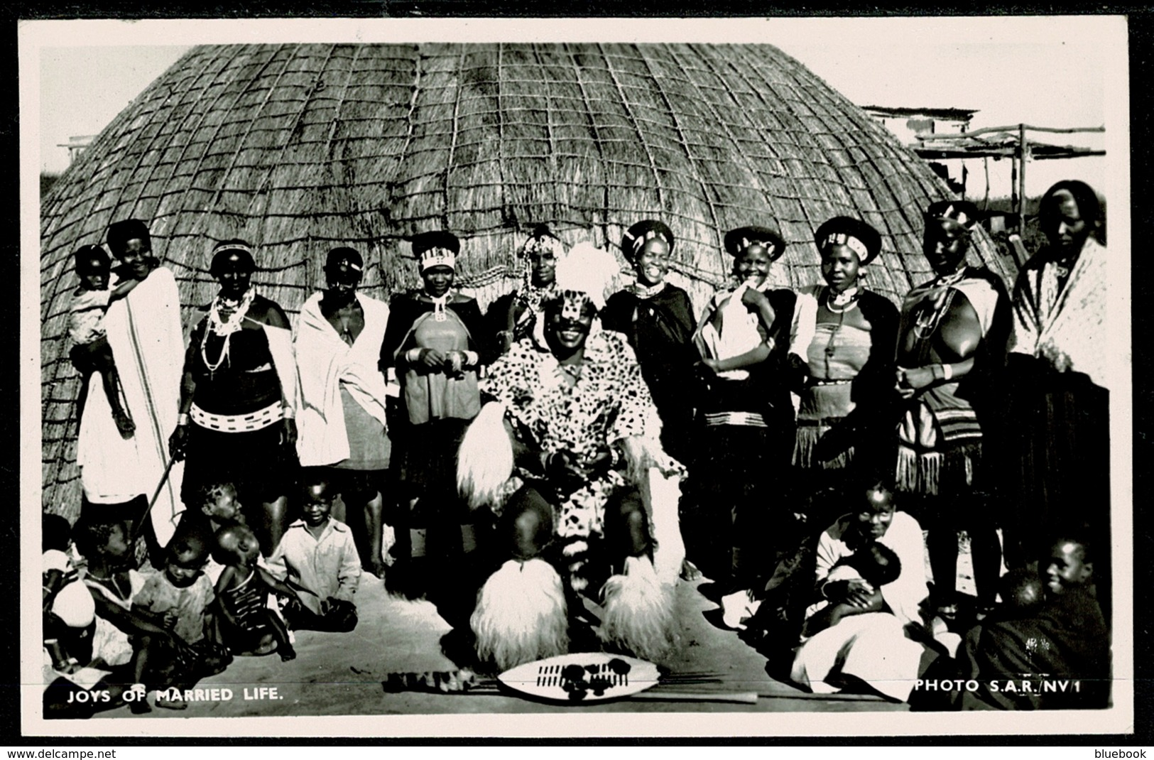 Ref 1274 - Real Photo Ethnic Postcard Zulu Group - The Joys Of Married Life - South Africa - Africa