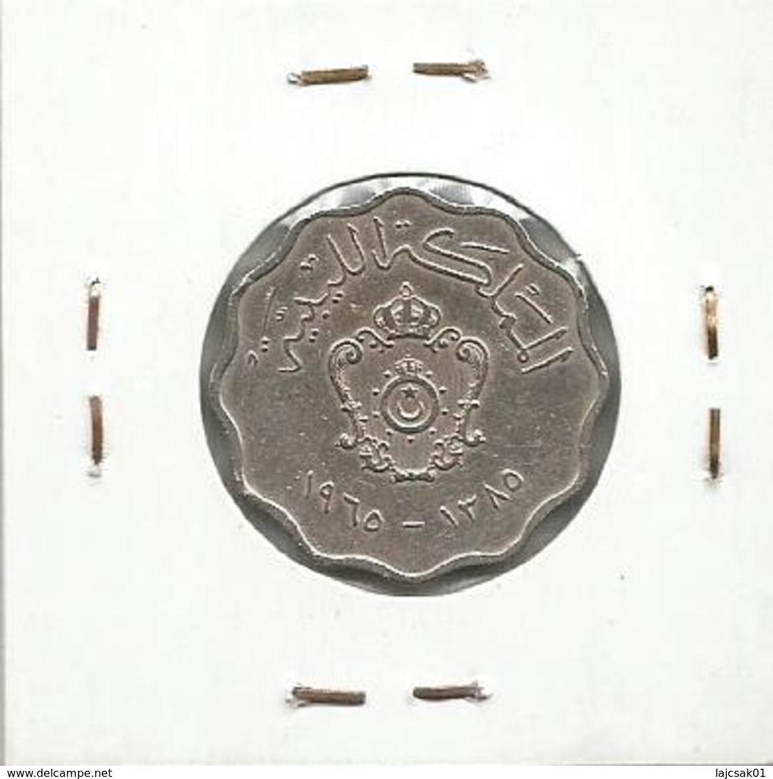 A9 Libya 50 Milliemes 1965. - Libye