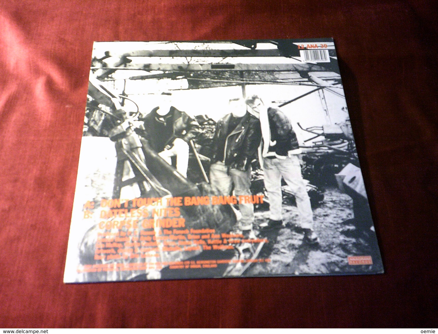 THE METEORS  °  DON'T TOUCH THE BANG BANG FRUIT - 45 T - Maxi-Single