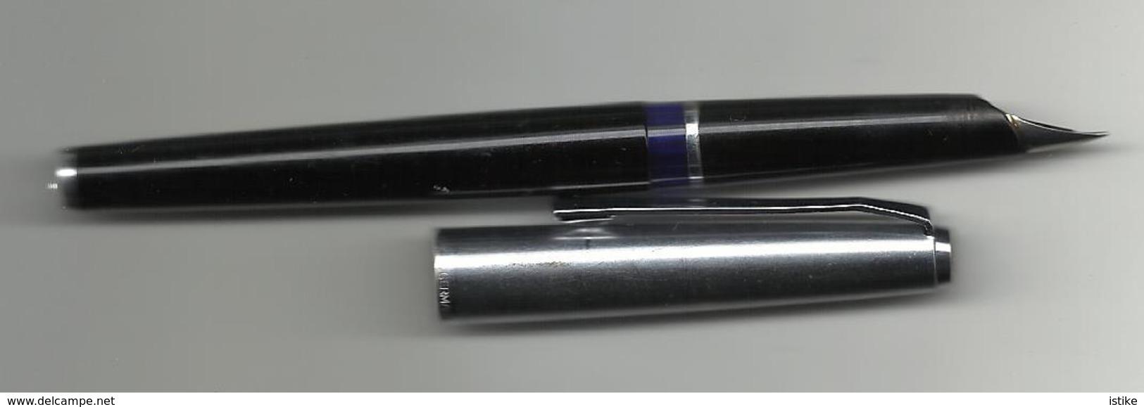 Germany, Fountain Pen Pelikan 12 Silvexa. - Pens