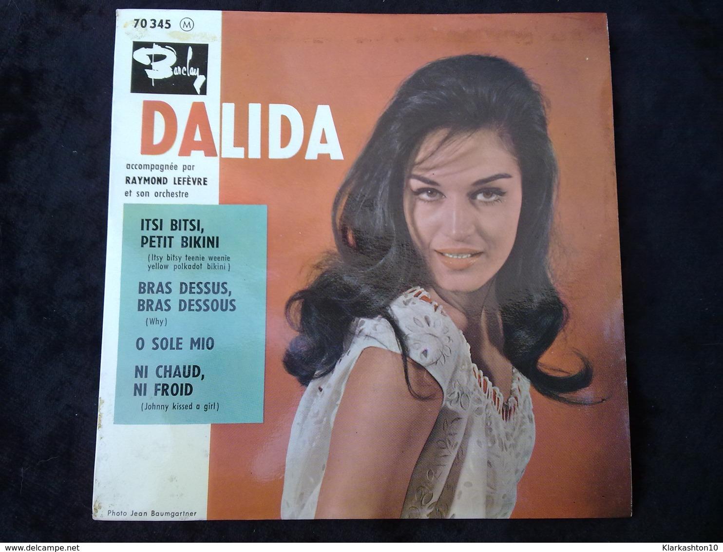 Dalida: Itsi Bitsi, Petit Bikini-Bras Dessus, Bras Dessous/ 45t Barclay 70 345 - Vinyl-Schallplatten