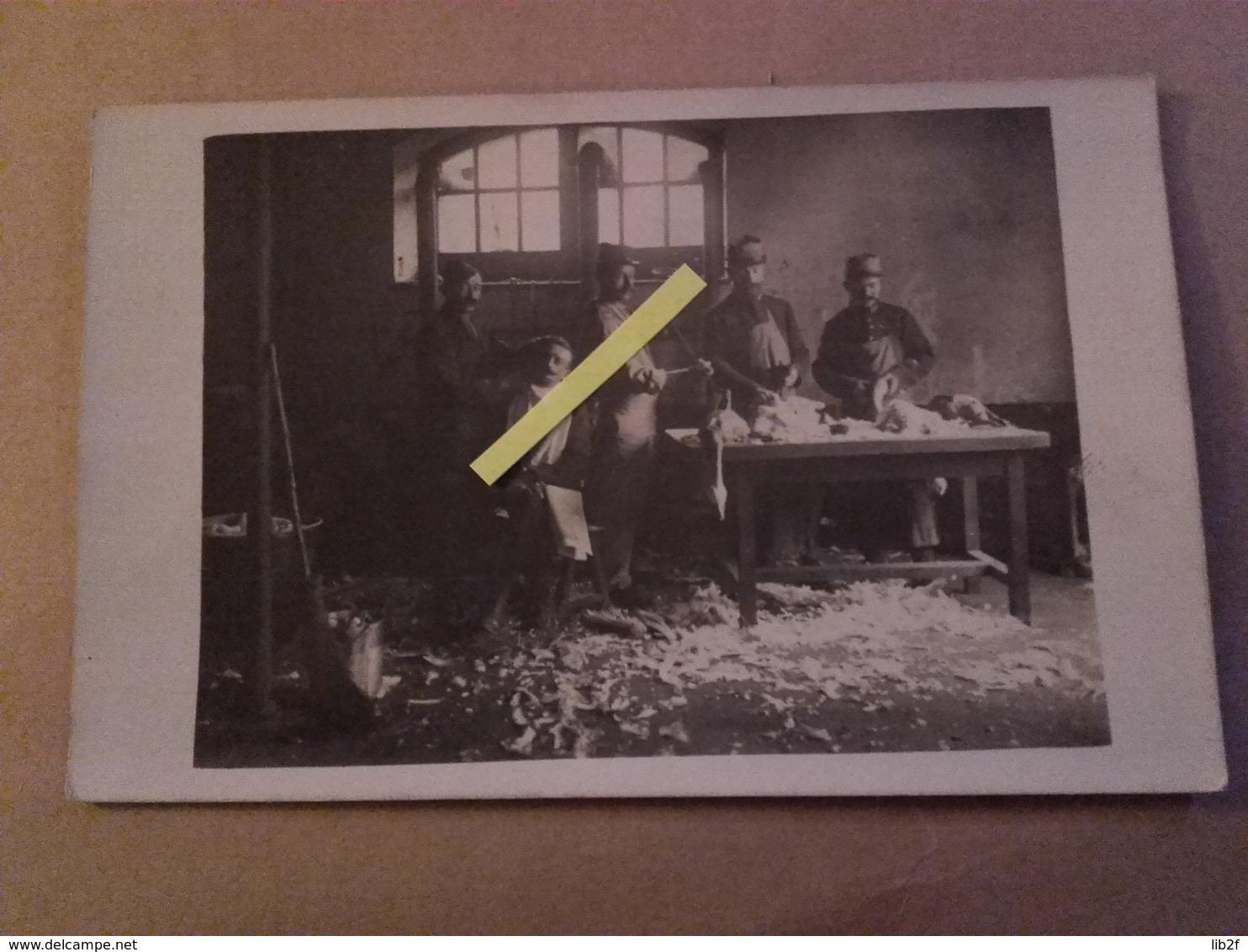 1914 1915 Amiens Somme Cuisine Préparation De Volailles Le Barbier Coiffeur Poilus  Tranchées 1914 1918 14-18 - War, Military